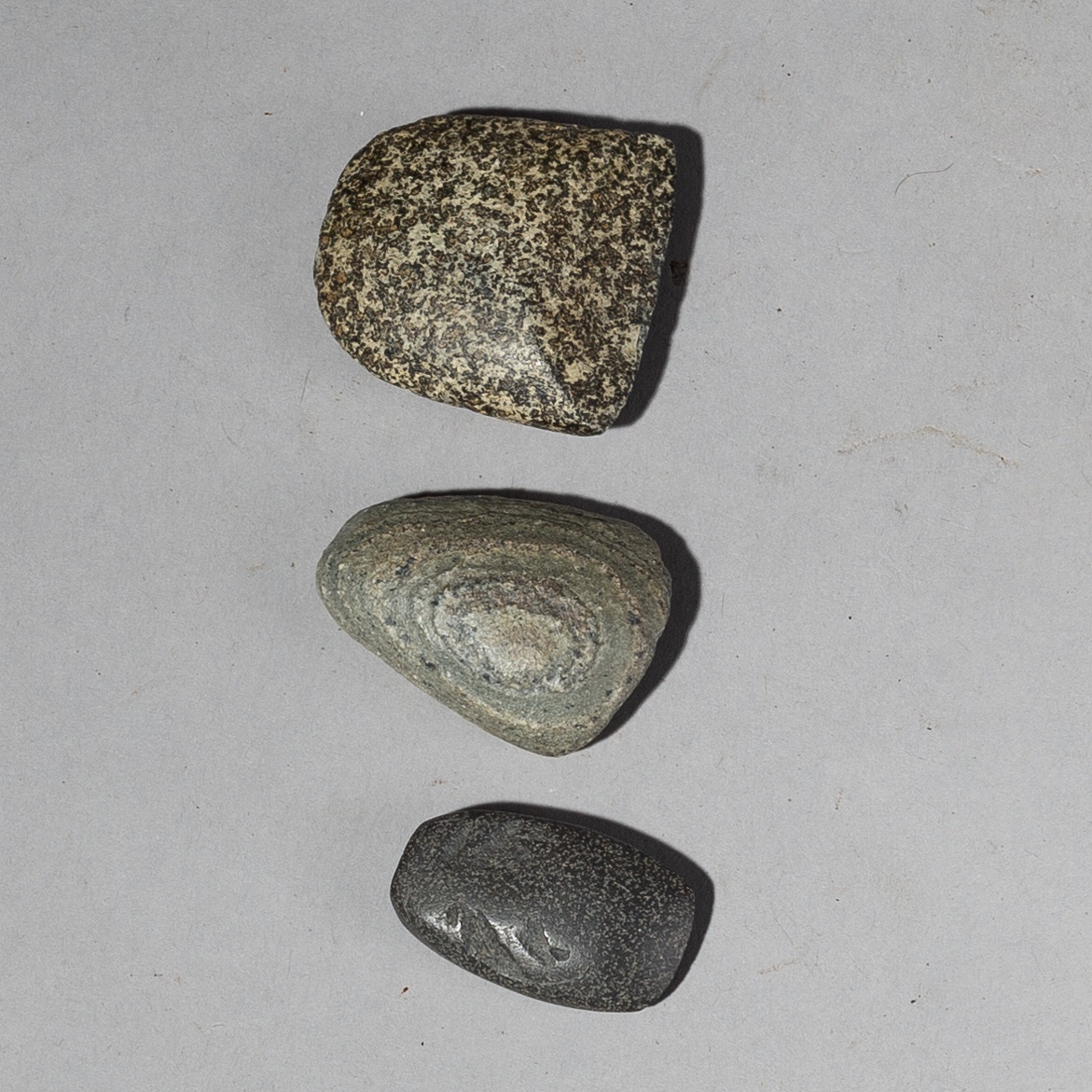A TRIO OF NEOLITHIC SAHARAN STONE TOOLS FROM NIGER ( No 2231 )
