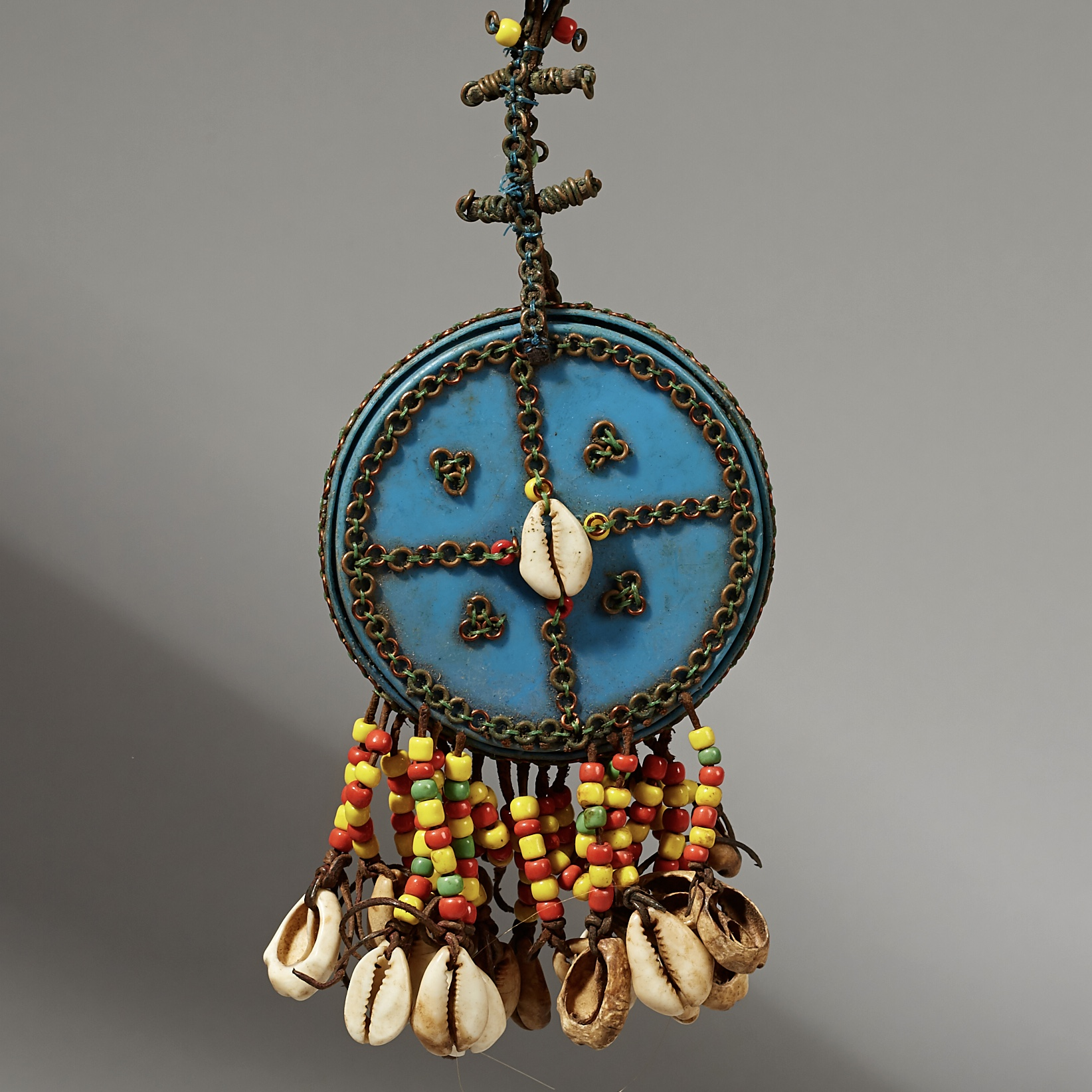 A SURPRISING WODAABE MIRROR PENDANT FROM NIGER W AFRICA ( No 4150)