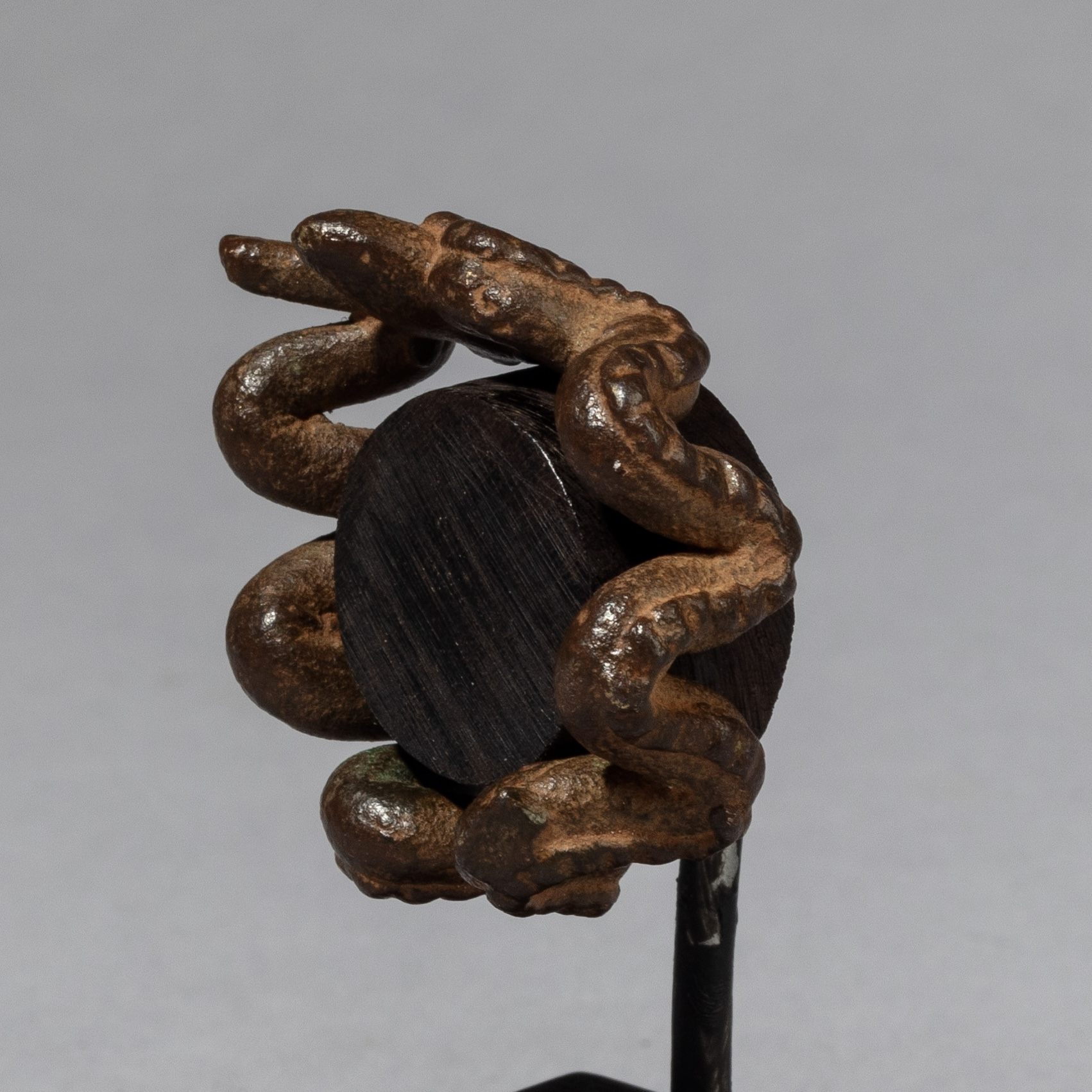 A SERPENT RING FROM THE GA OF BURKINA FASO ( No 3368 )