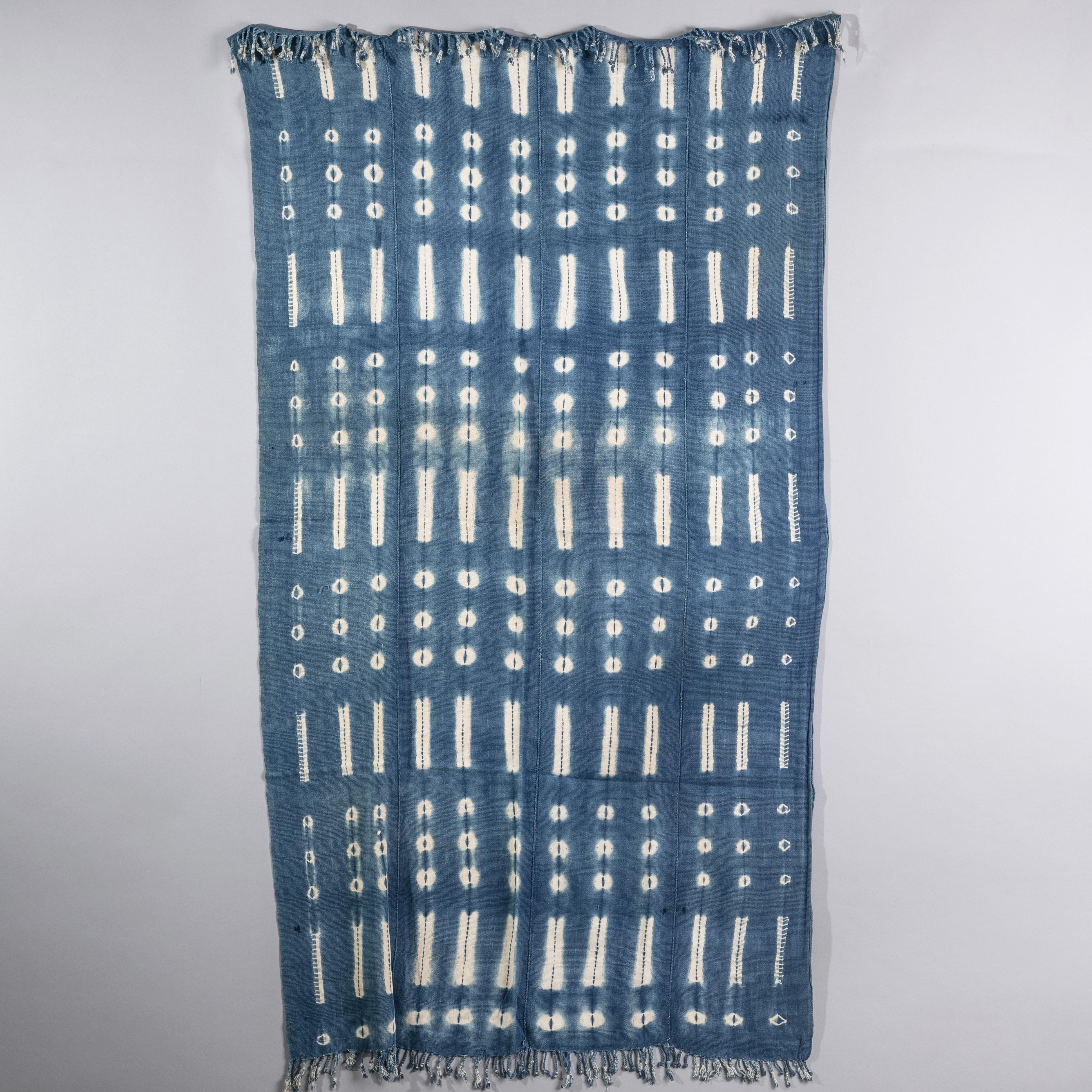 A FINE MOSSI CLOTH FROM BURKINA FASO ( No 1613 )