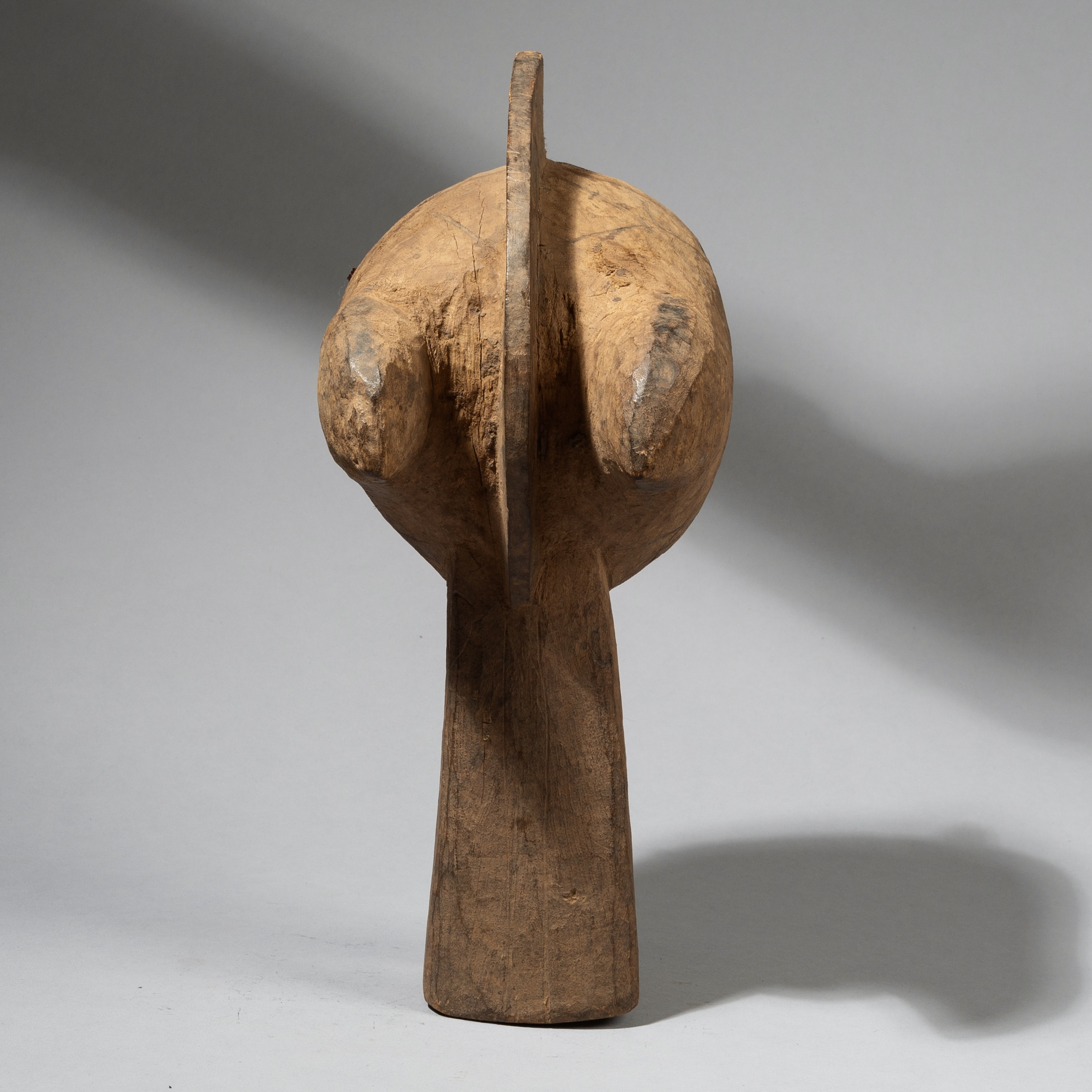 AN ABSTRACT ANIMAL MASK, MOSSI TRIBE OF BURKINA FASO W. AFRICA ( No 4447)