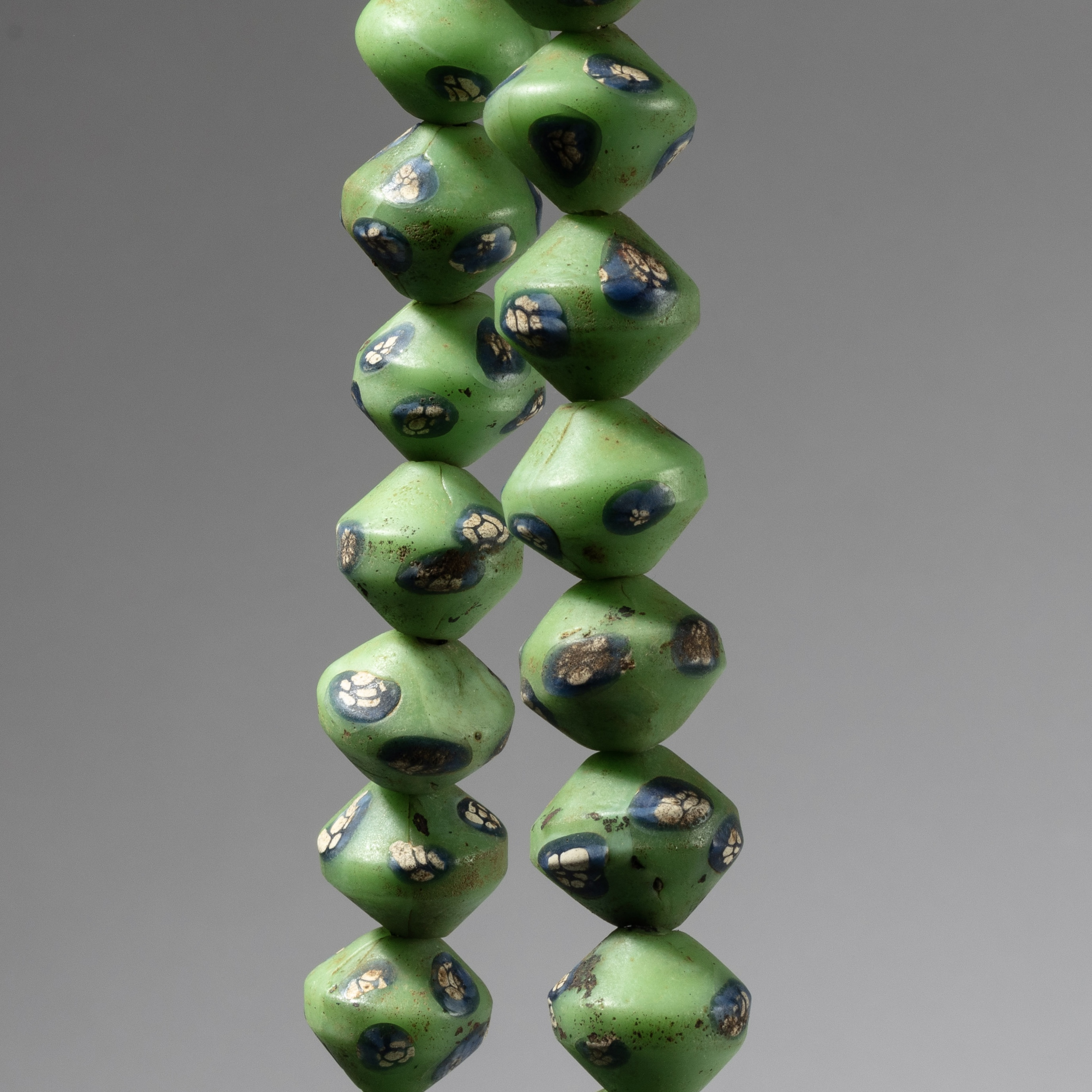 A LARGE BICONE NECKLACE OF JAVA GLASS BEADS, INDONESIA ( No 4299)