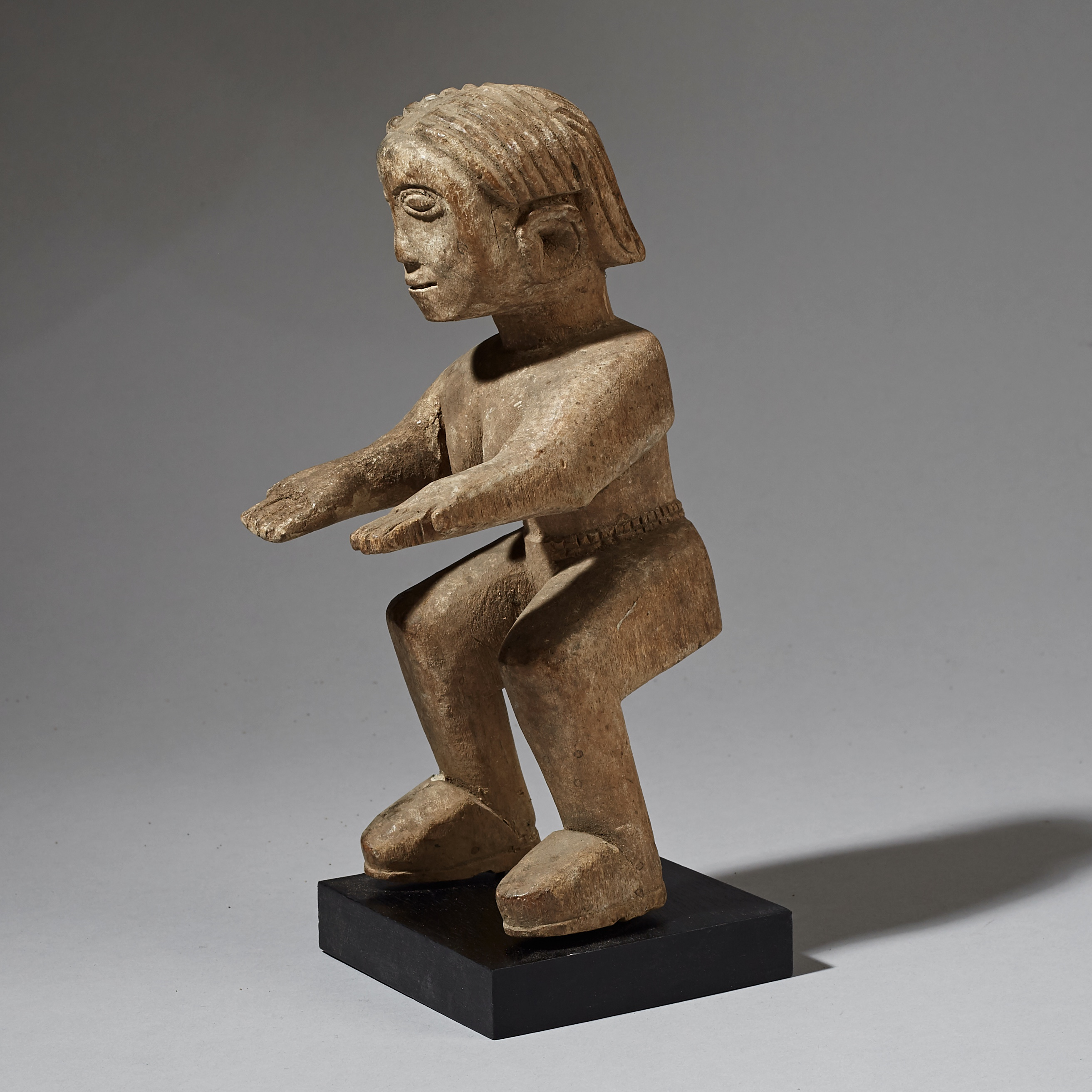 AN OFFERING STATUE FROM THE EWE TRIBE OF GHANA ( No 2943 )