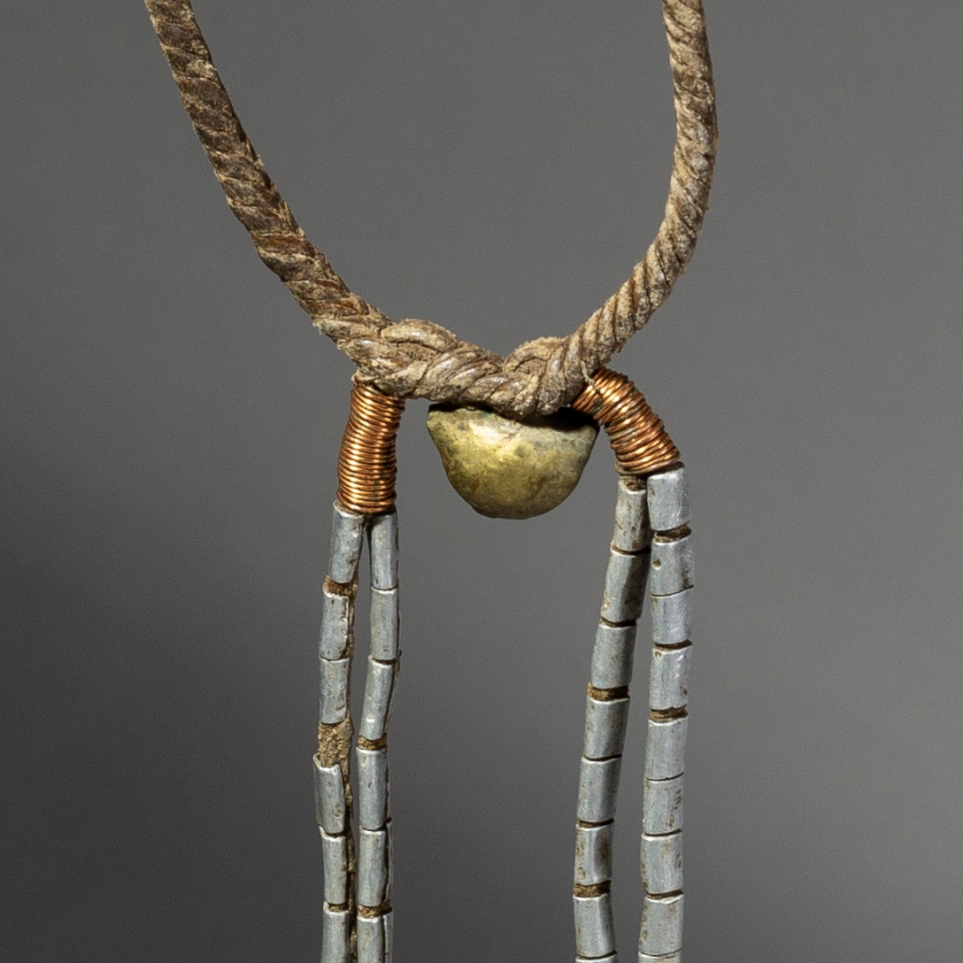 ( Sold timtim )  -A DELICATE MURSI NECKLACE FROM ETHIOPIA ( No 2123 )
