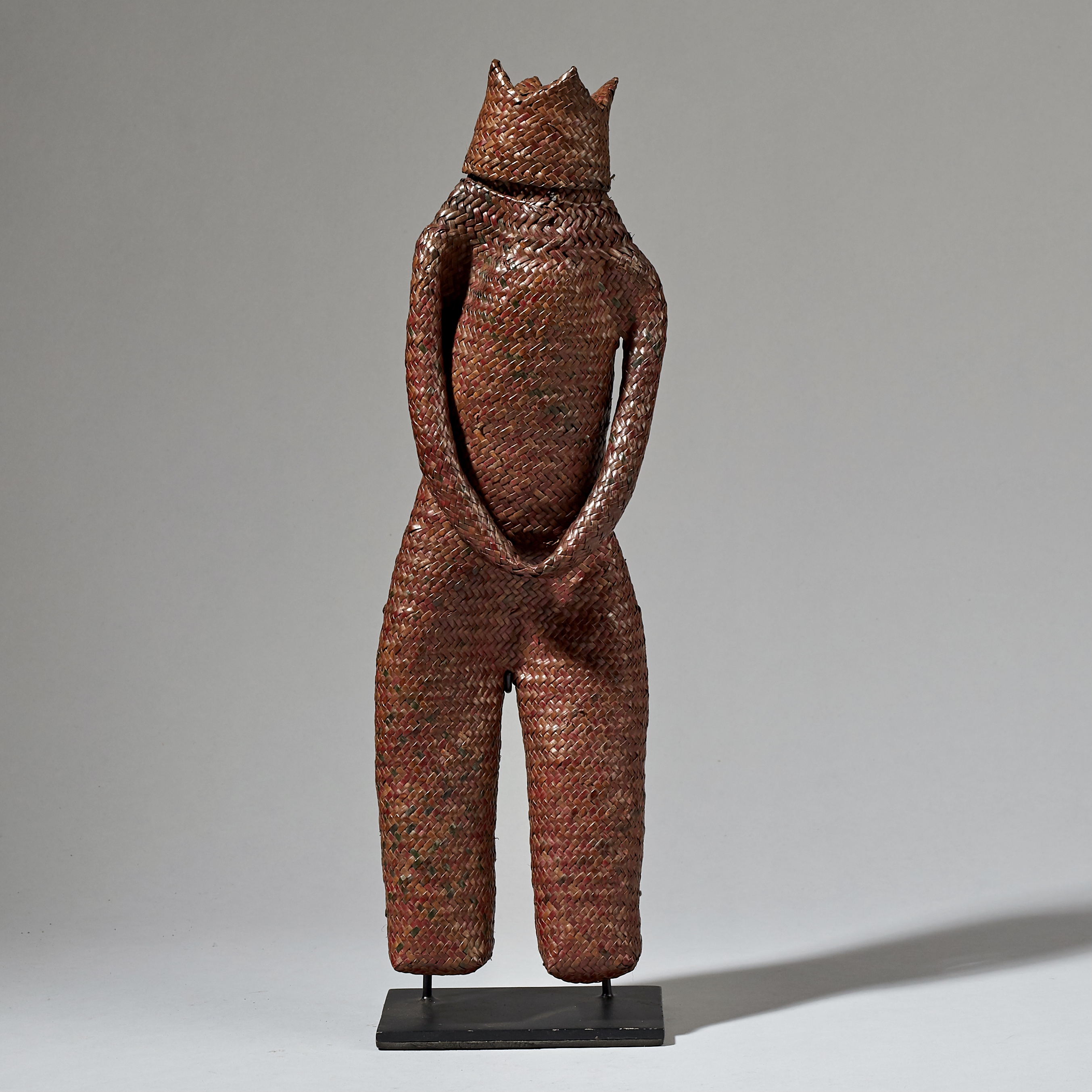 A RARE WOVEN ANCESTRAL GUARDIAN THAT PROTECTS RICE SEEDS, INDONESIA ( No 3239 )