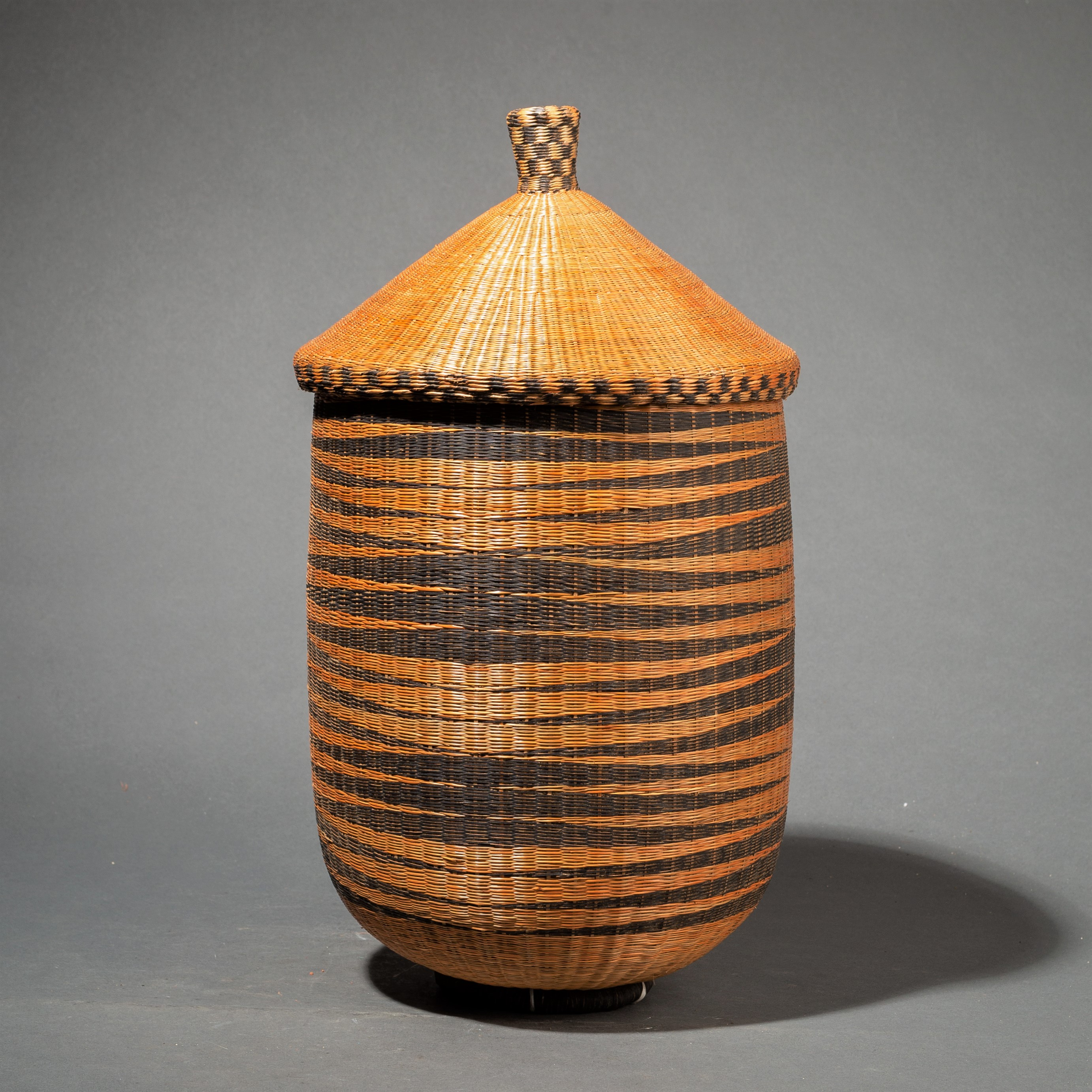 ( SOLD- LY ) -A TUTSI BASKET WITH CHEQUERED LID ( No 99 )