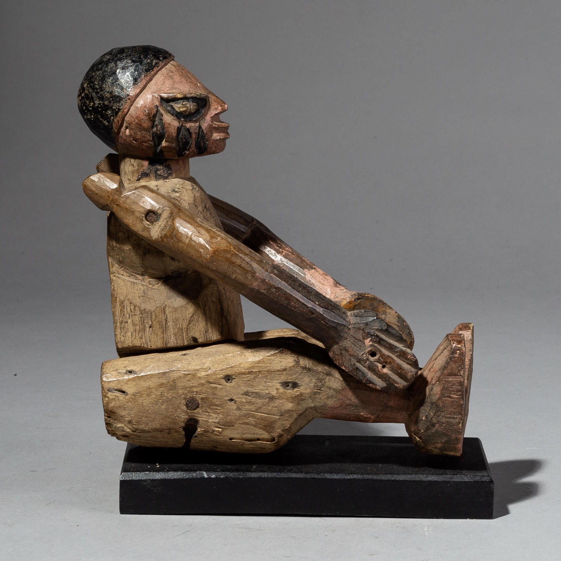 ( SOLD AWAITING PAYMENT JR )- A CHARMING ARTICULATED YORUBA MARIONETTE, FROM NIGERIA ( No 2084 )