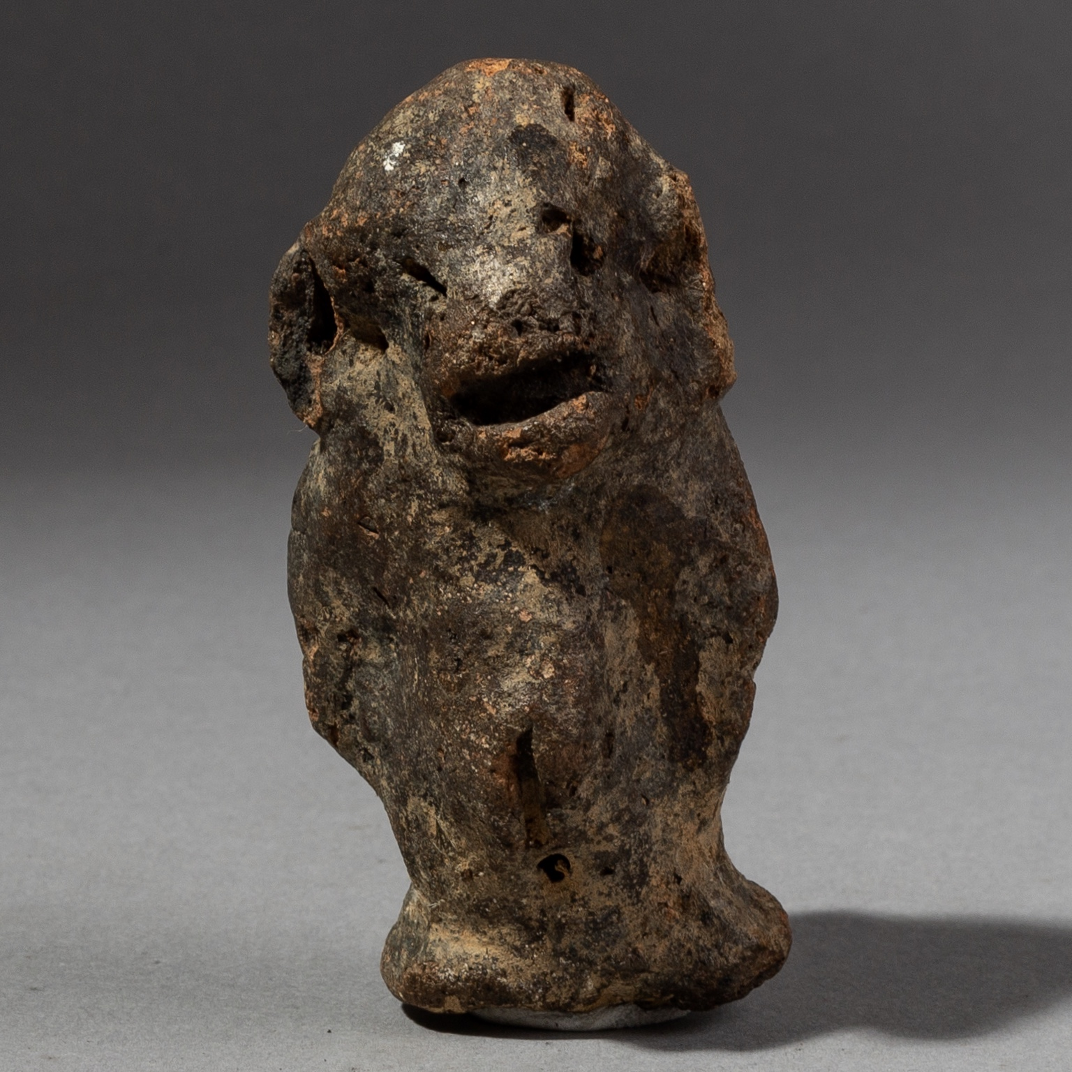 A TERRACOTTA ALTAR FIGURE FROM THE PARE PEOPLE OF TANZANIA ( No 1972 )