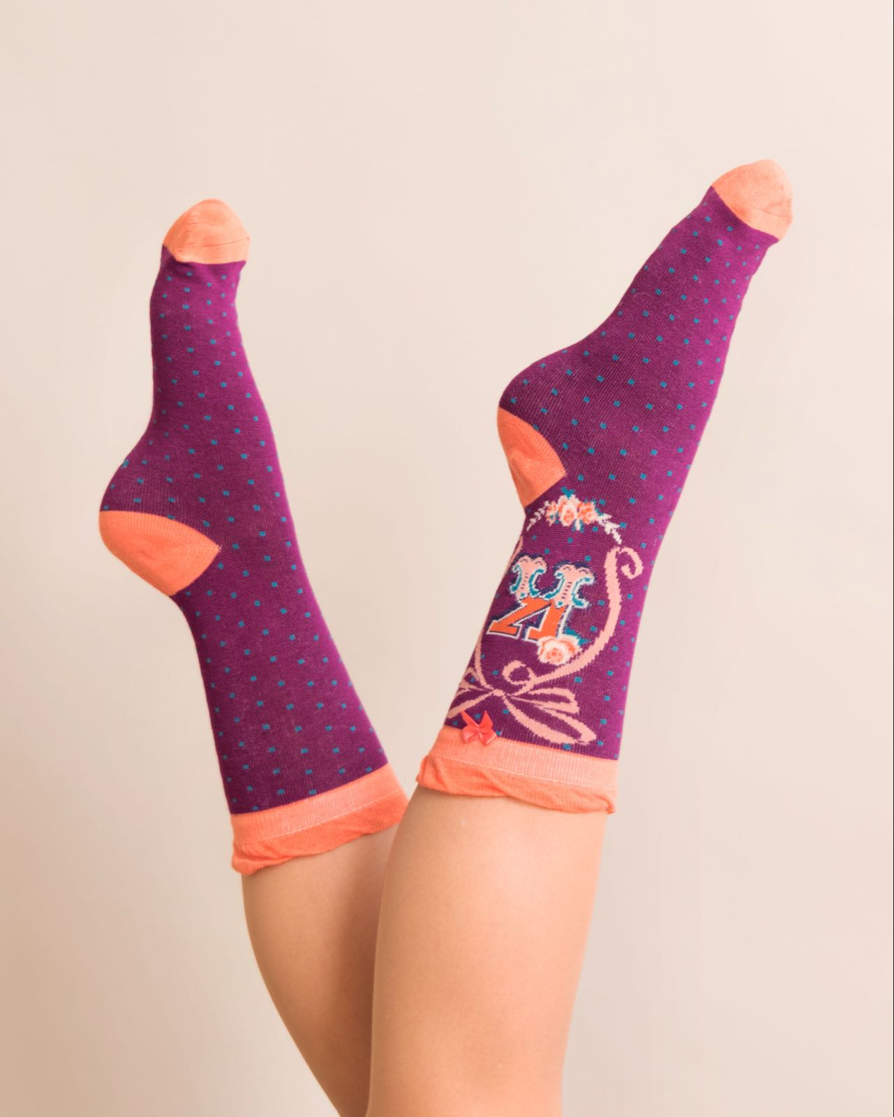 Powder Alphabet socks K (product may differ from item shown in the photo)