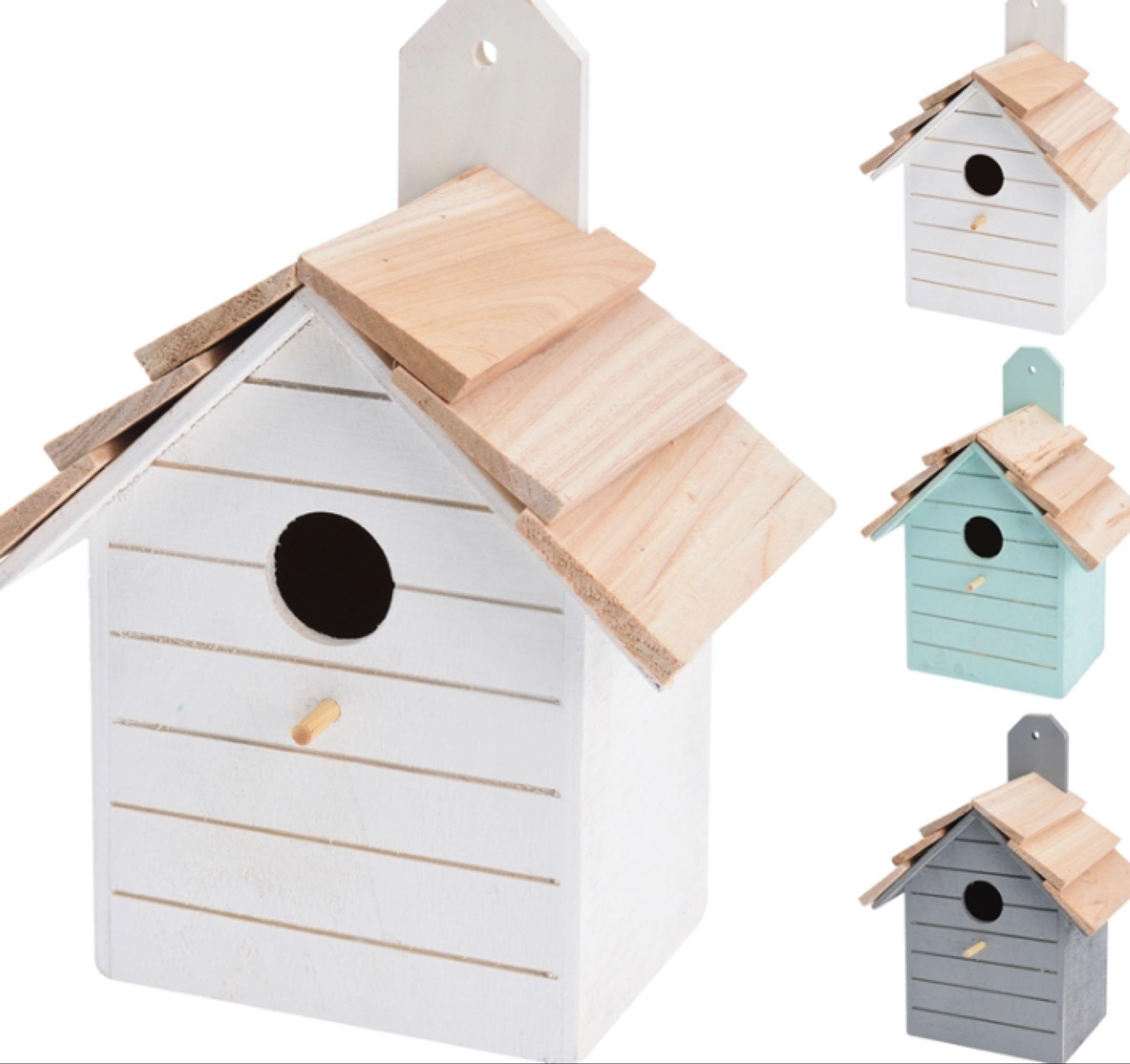 Wooden Coloured Birdhouse 22cmx16cmx10.5cm