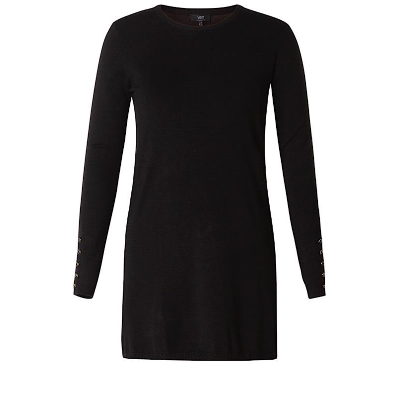 Stickad klänning (svart)