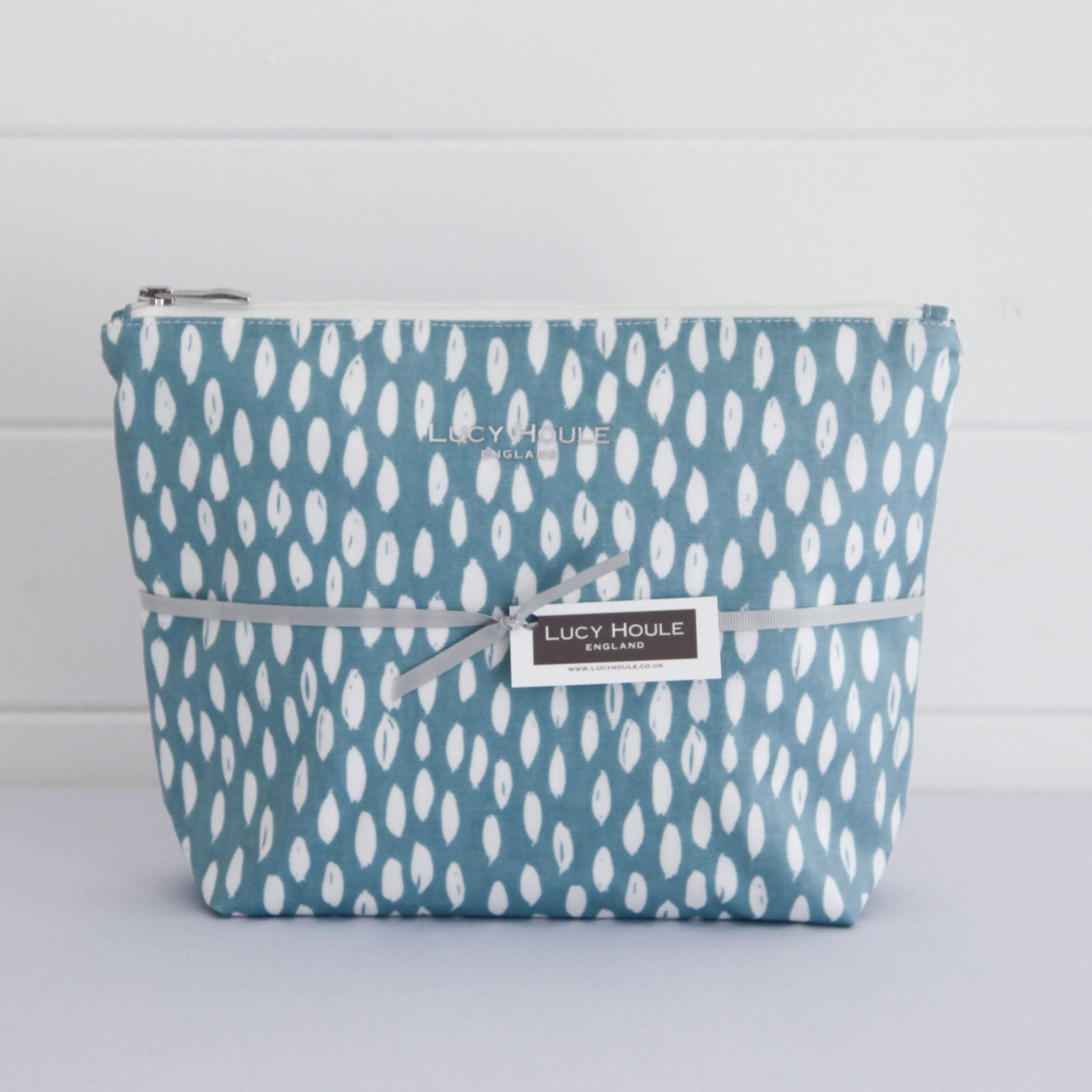 Aqua Feather Wash Bag