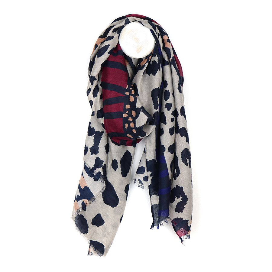 Abstract animal print scarf - grey