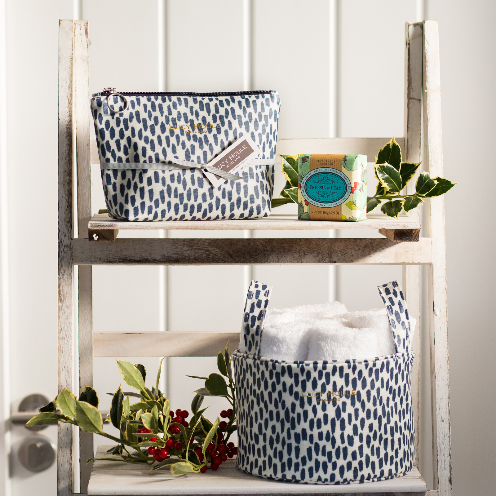 Navy Cobblestone Bathroom Set & Freesia & Pear Soap