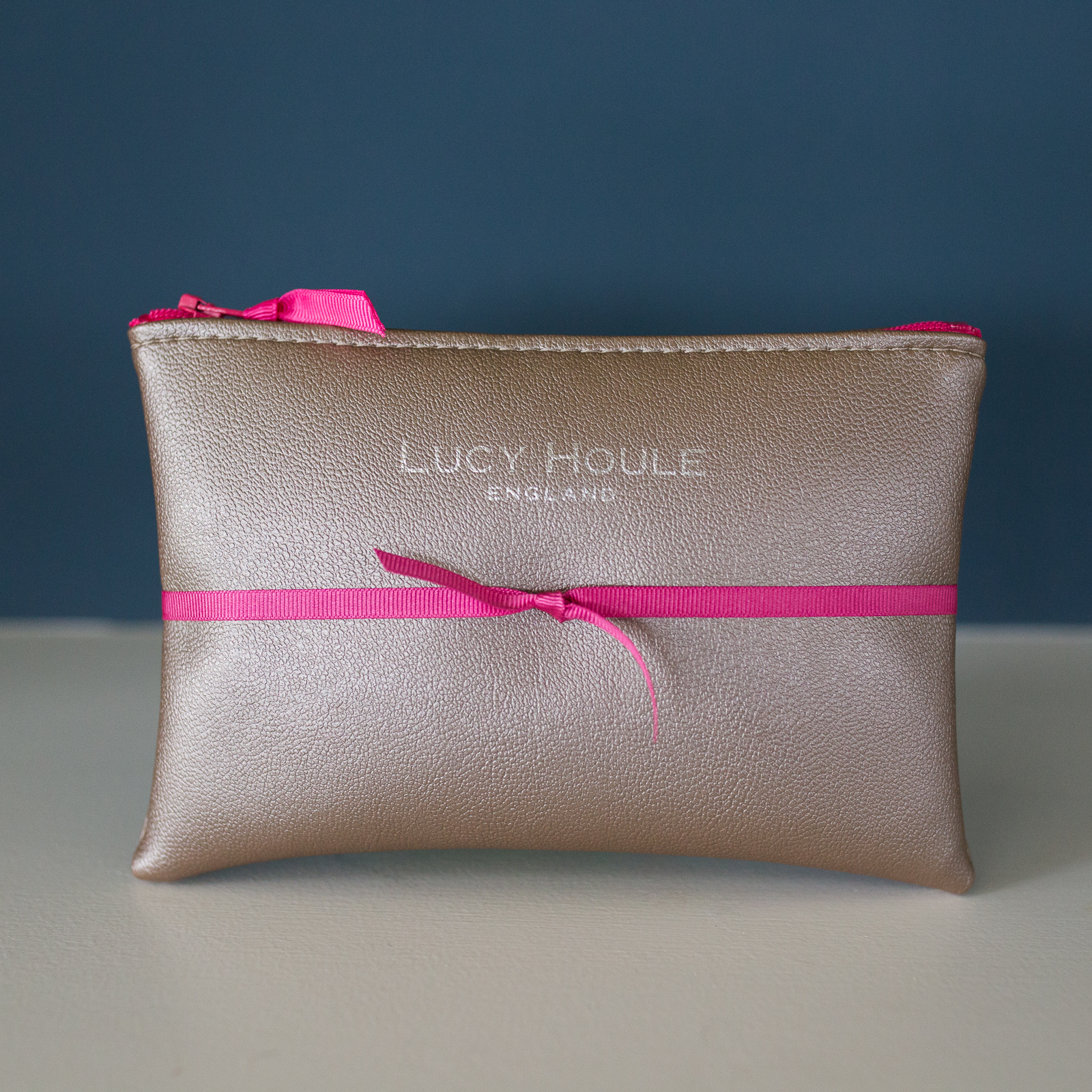Faux Leather Silver Purse with Pink Zip