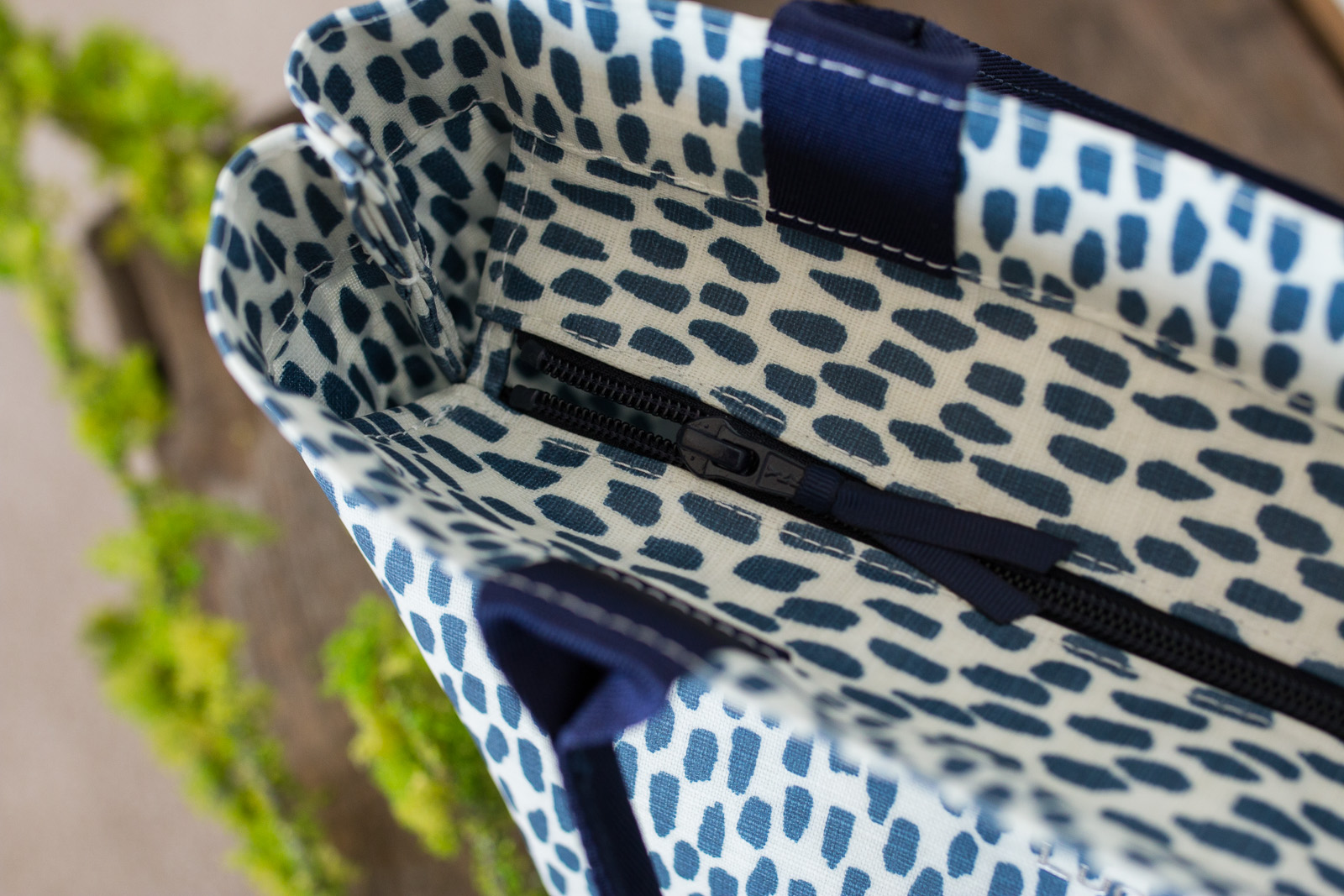 Navy Cobblestone Medium Zip Tote Bag with Navy Handles