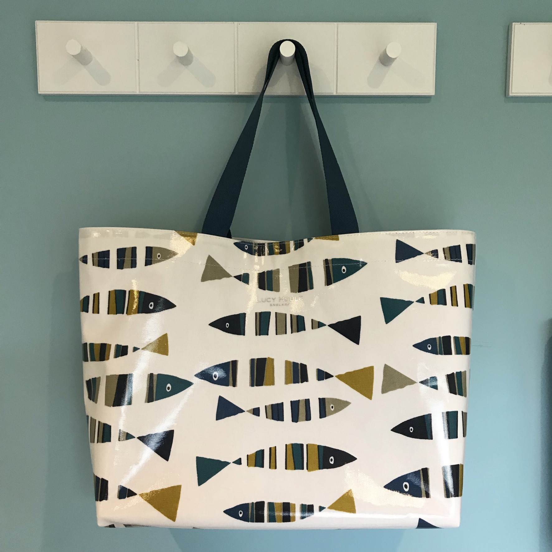 Retro Fish Extra Large Bag with Teal Handles
