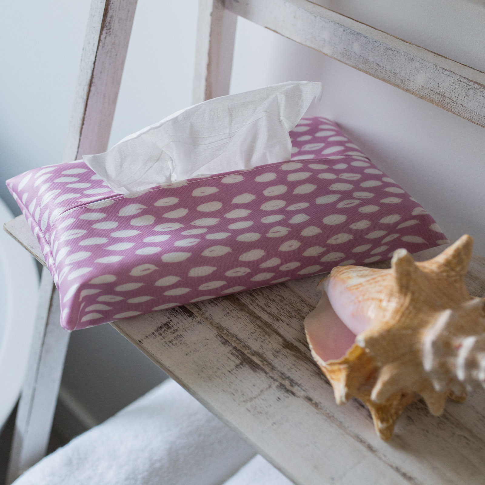 Sherbet Feather Tissue Box Holder