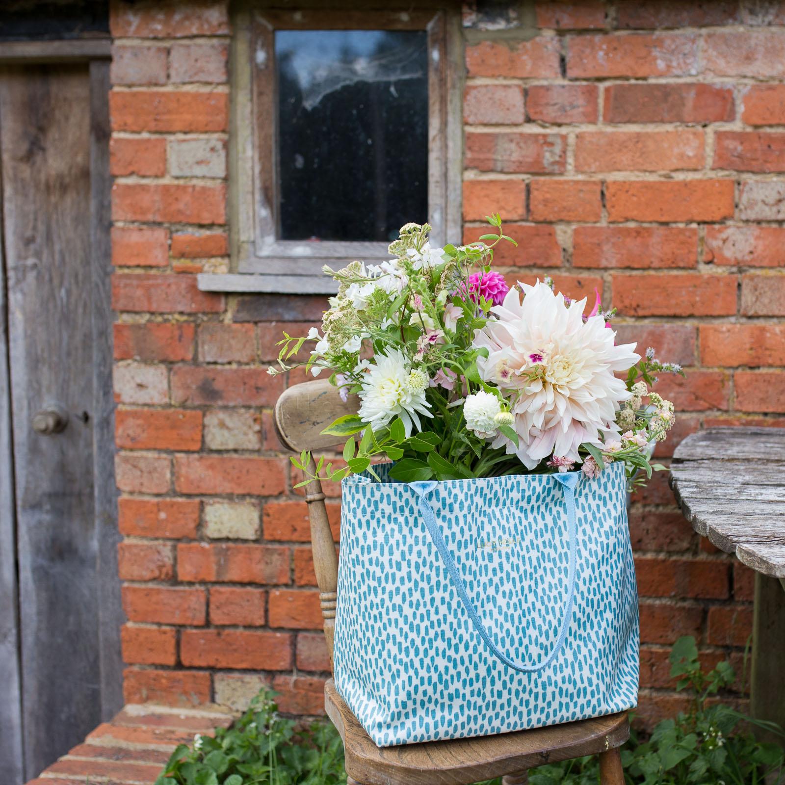 Aqua Cobblestone Medium Tote Bag with Aqua Handles