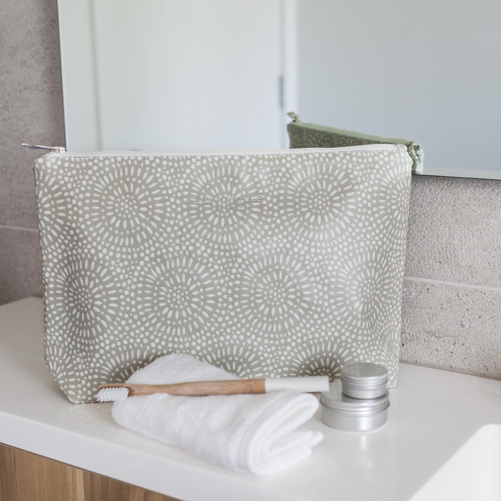 Stone Sunburst Wash Bag
