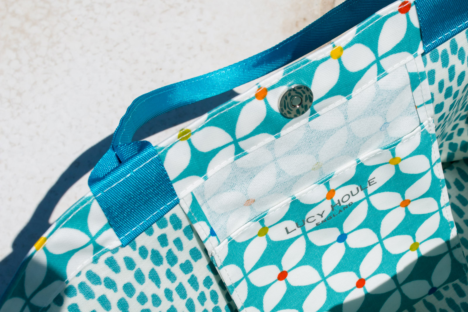 Modern Daisy Aqua Small Tote bag with Aqua Handles
