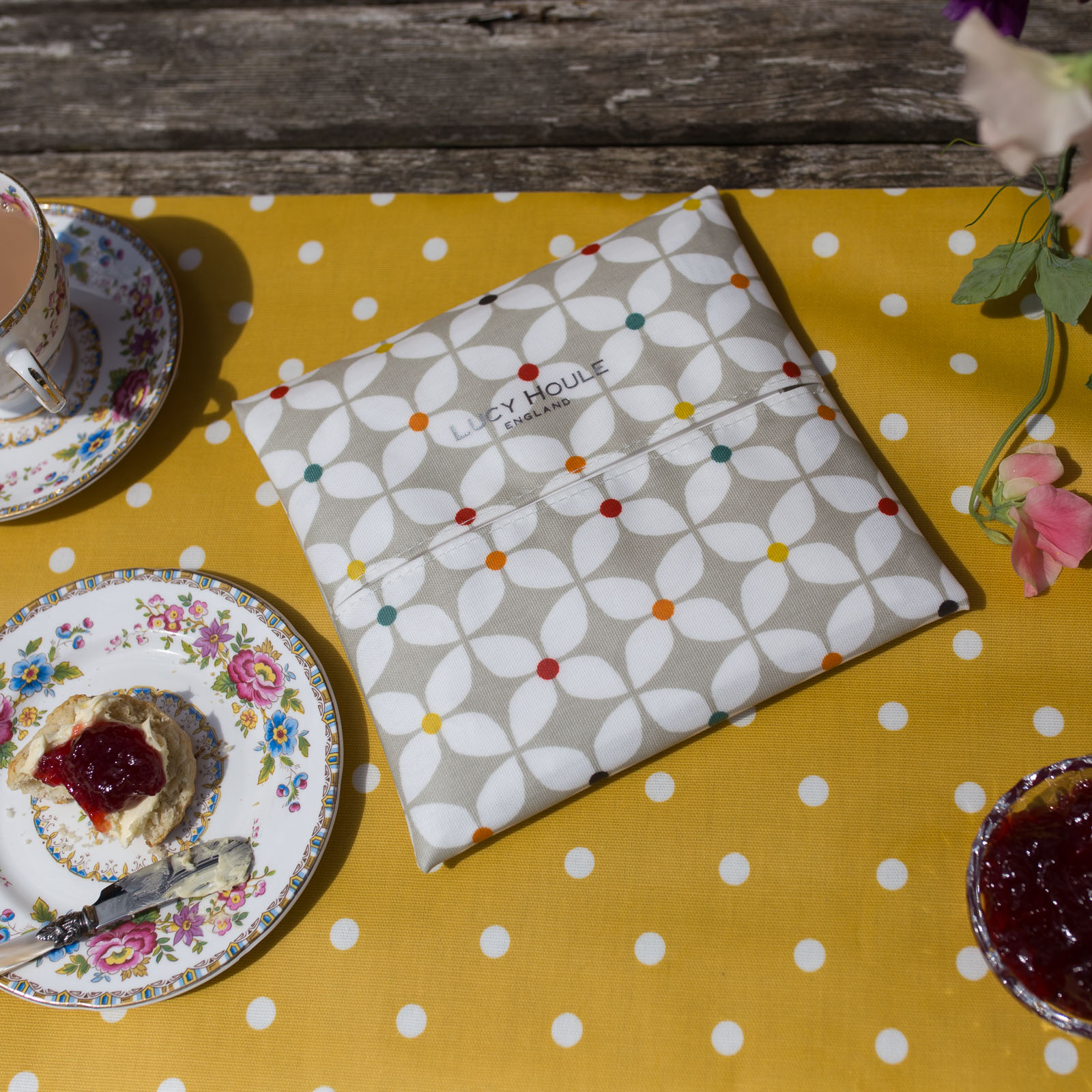 Modern Daisy Taupe Spot Paper Napkin Holder