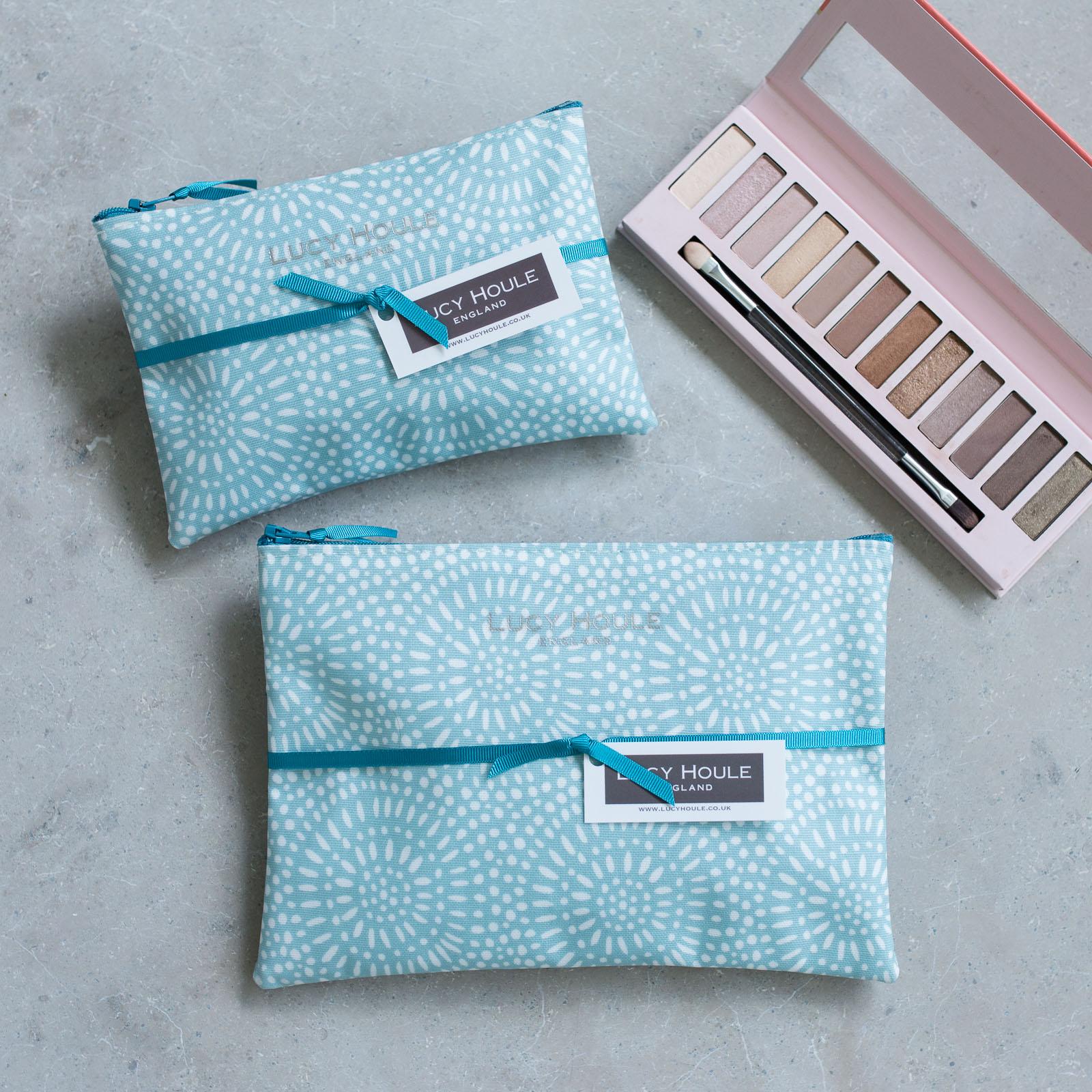 Aqua Sunburst Make-Up Bag with Aqua Zip