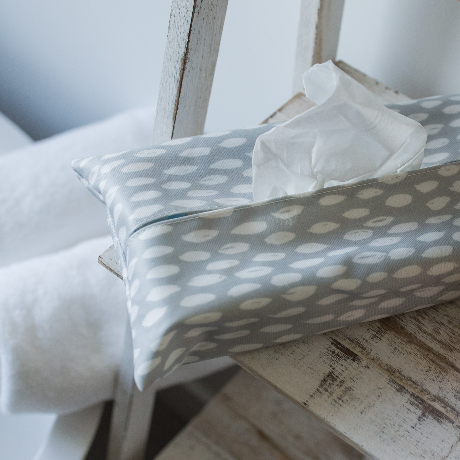 Grey Feather Tissue Box Holder