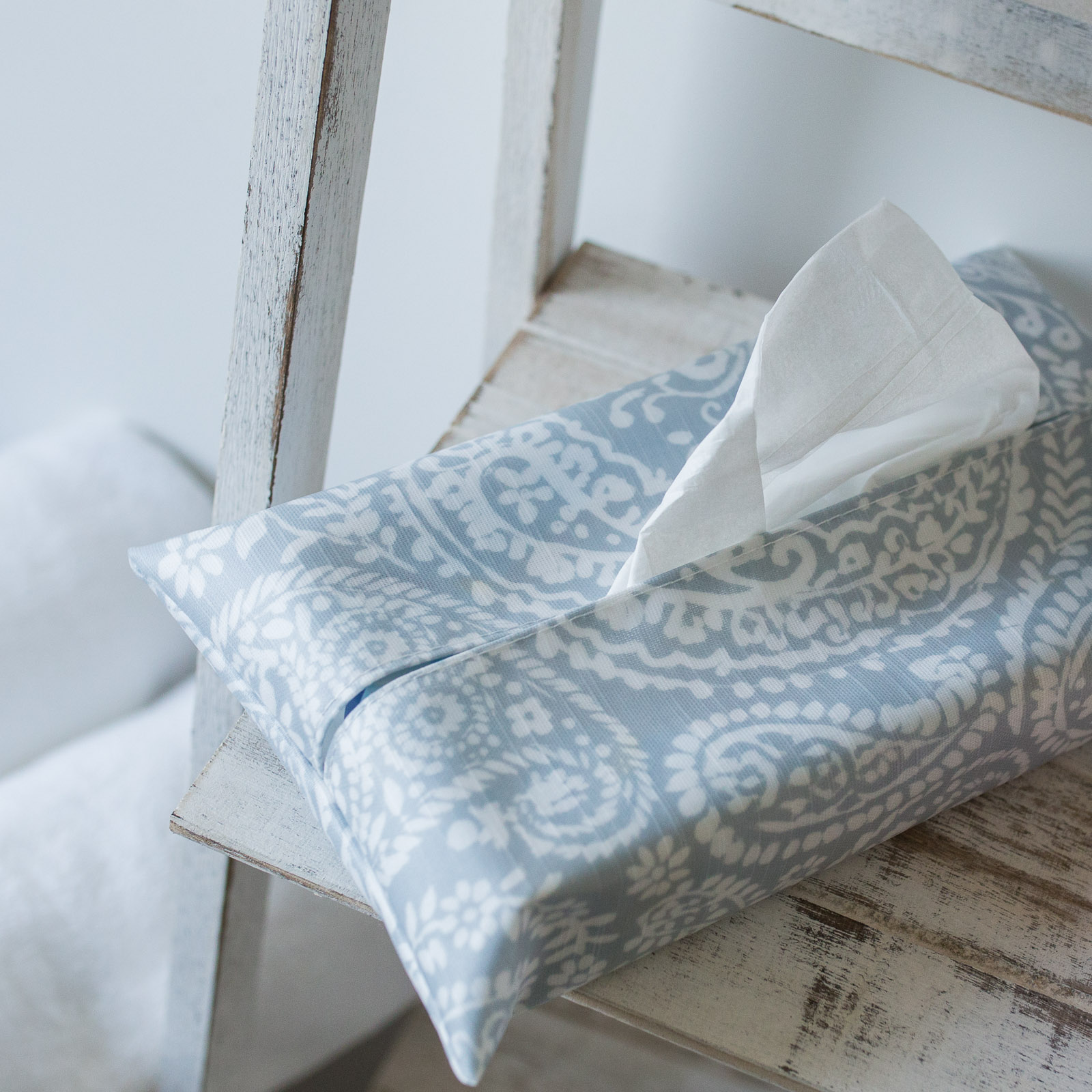 Grey Paisley Tissue Box Holder