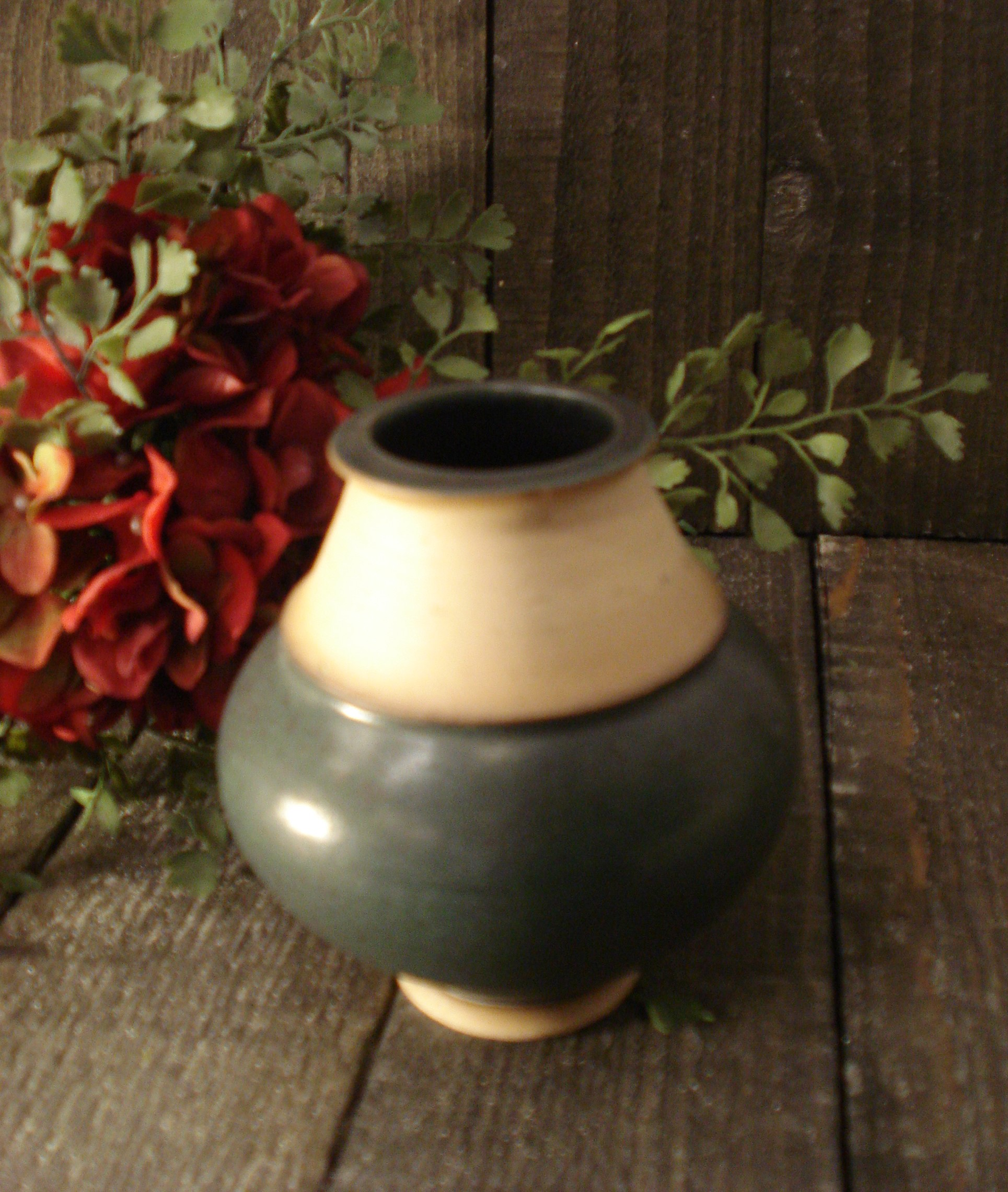 Mat grøn jubi vase