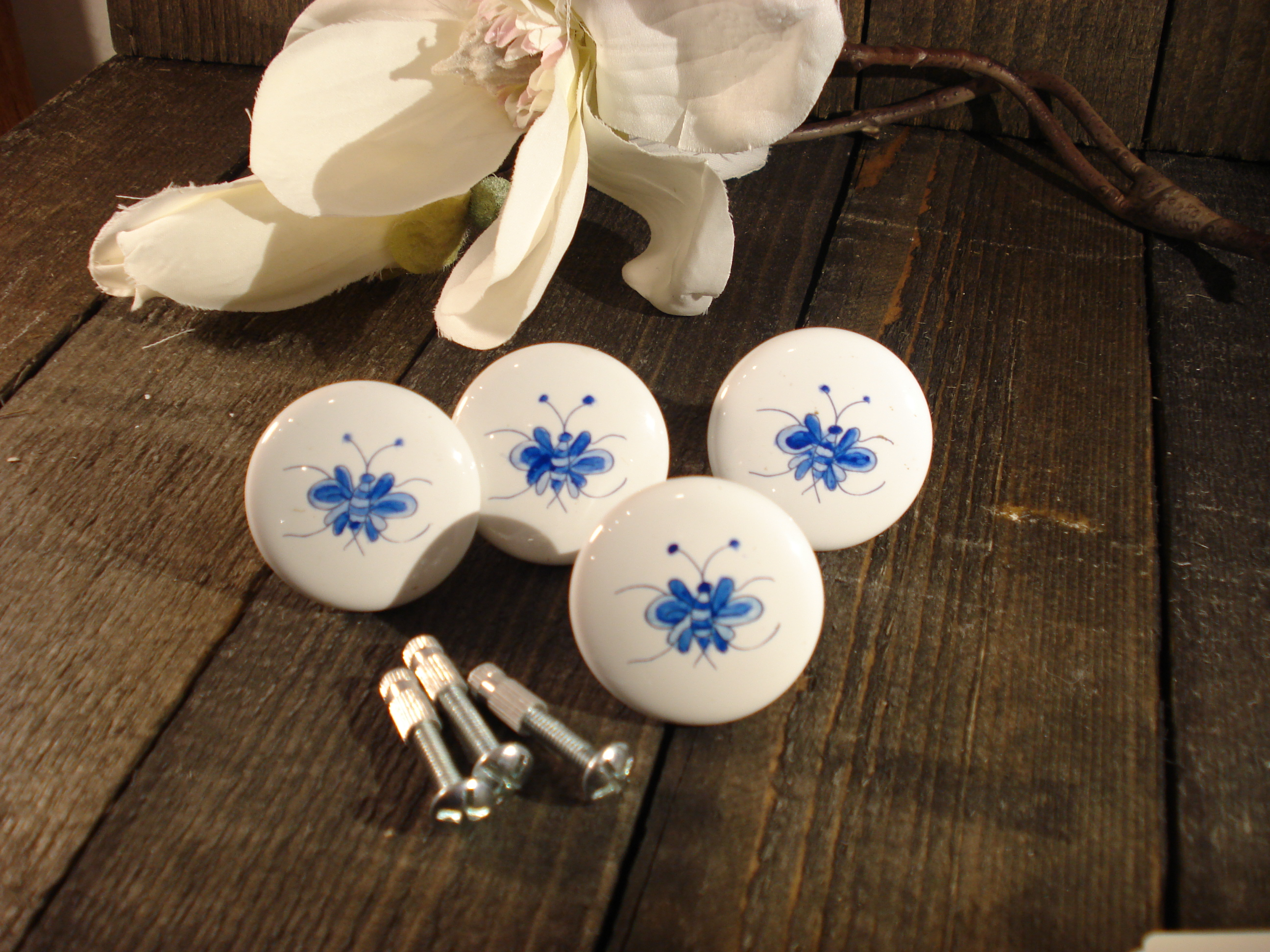 Håndmalet porcelæns møbelknopper