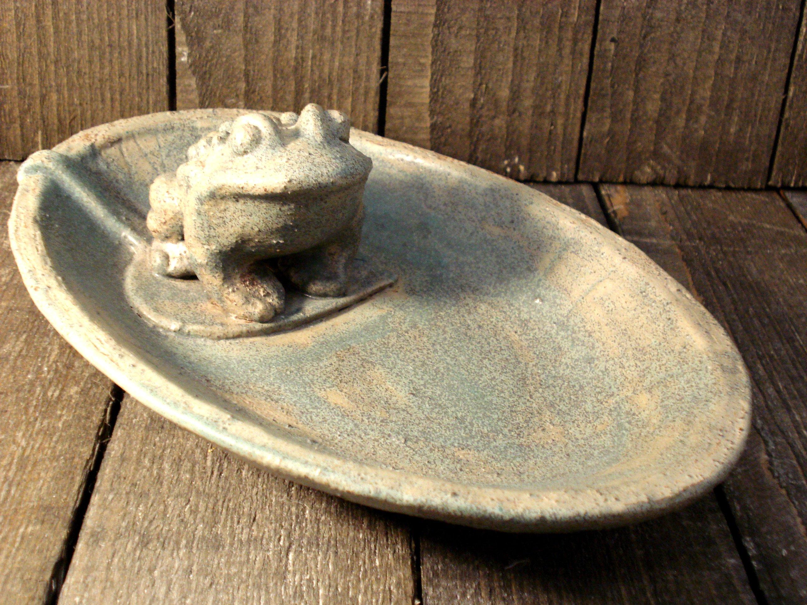 Ovalt frøfad fra Linda Rose Wandel