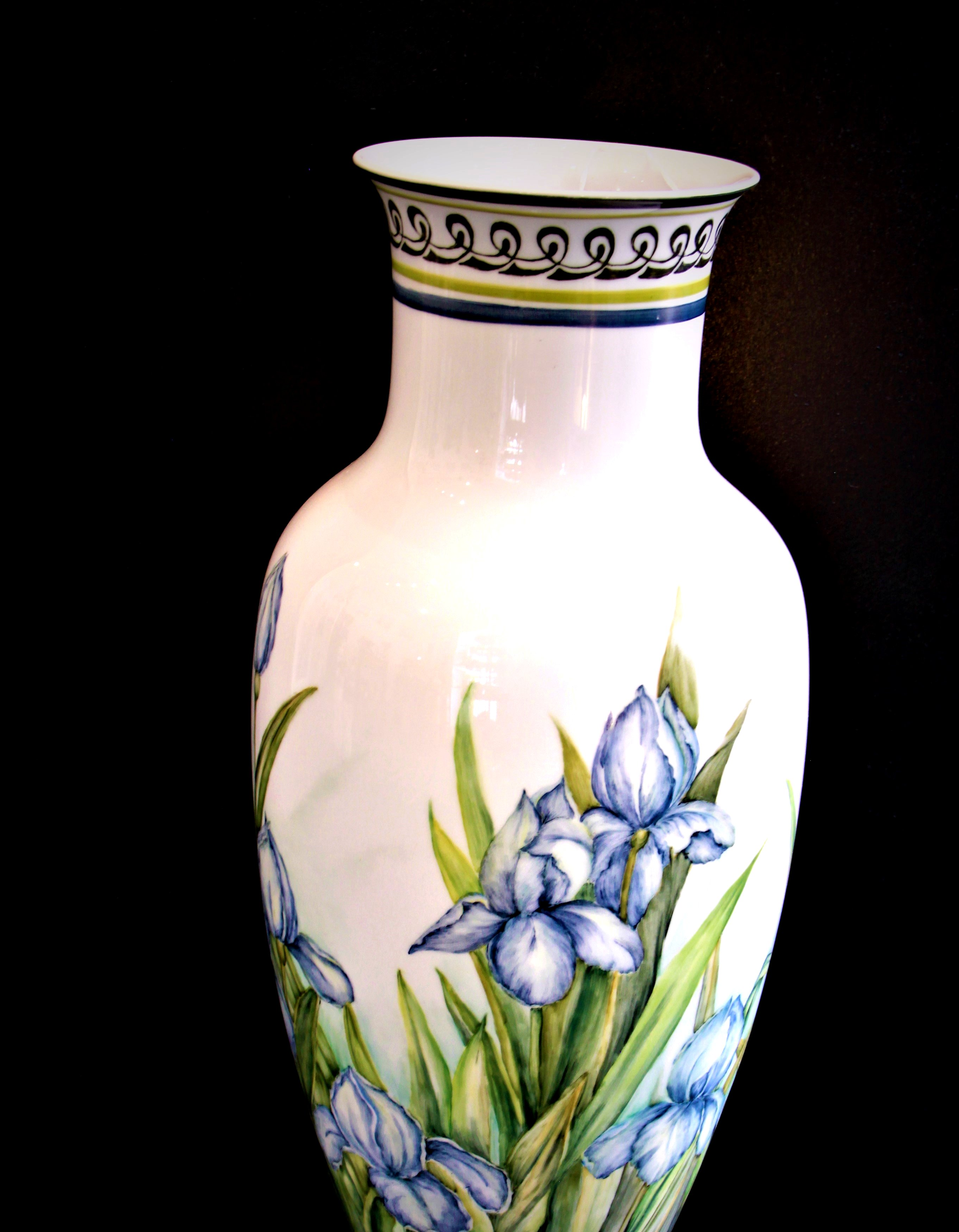 Stor håndmalet vase