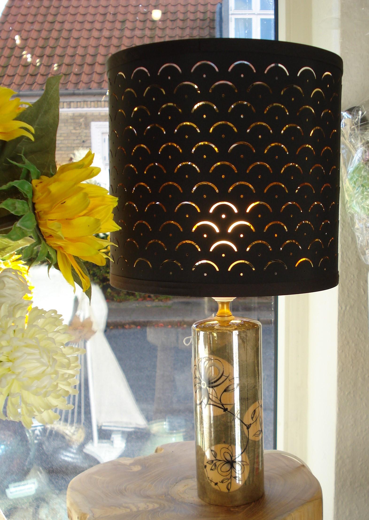 Håndmalet lampe med lyster