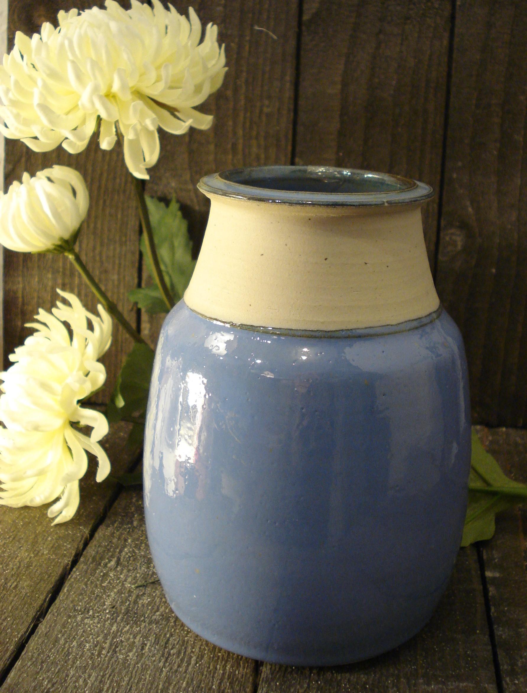 Stor blå lilla stentøjsvase