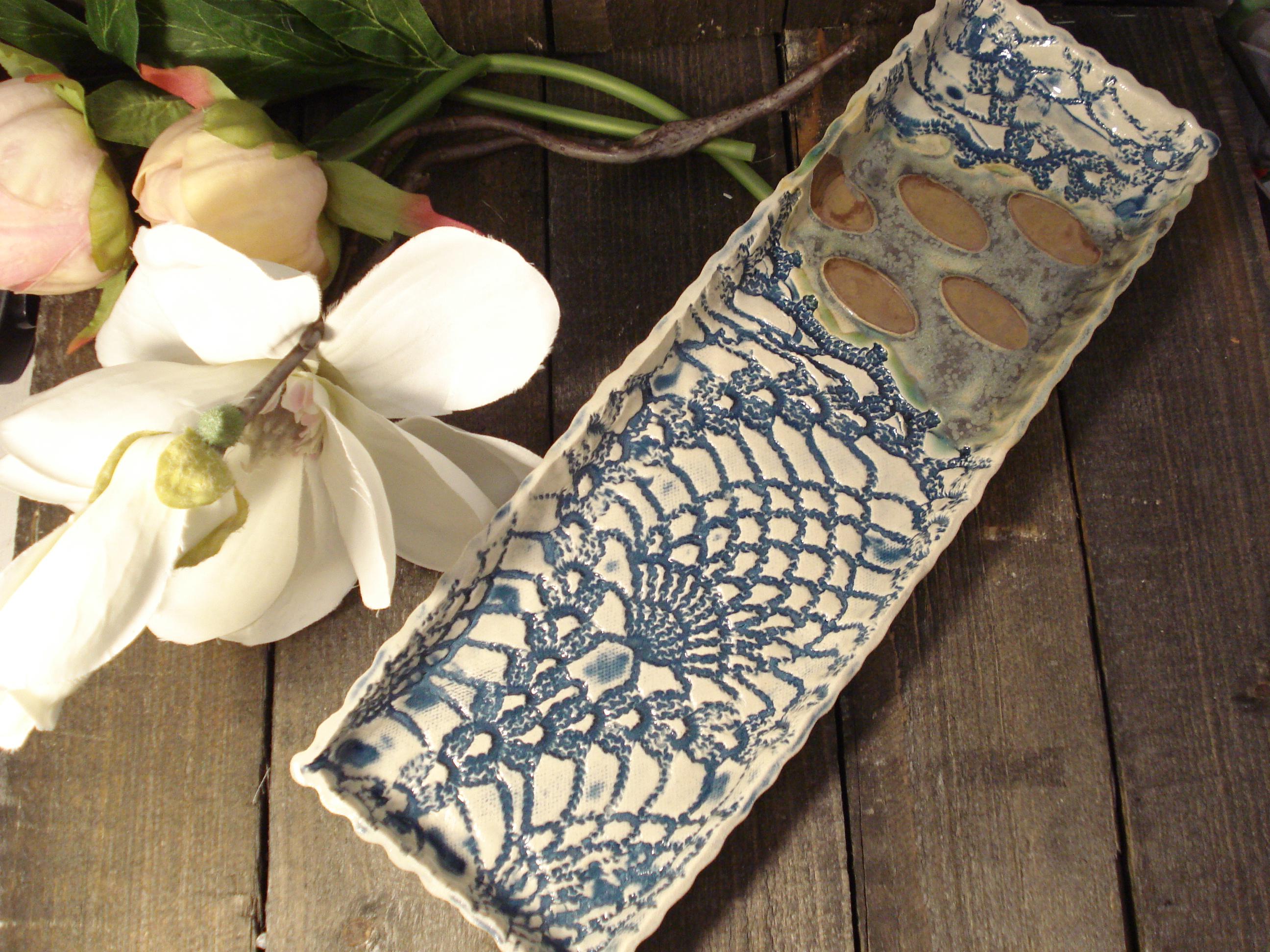 Blå keramik fad lav