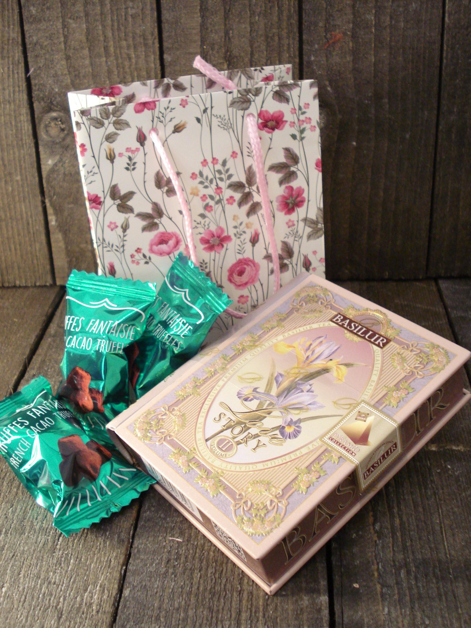 Lille te og chokolade gave