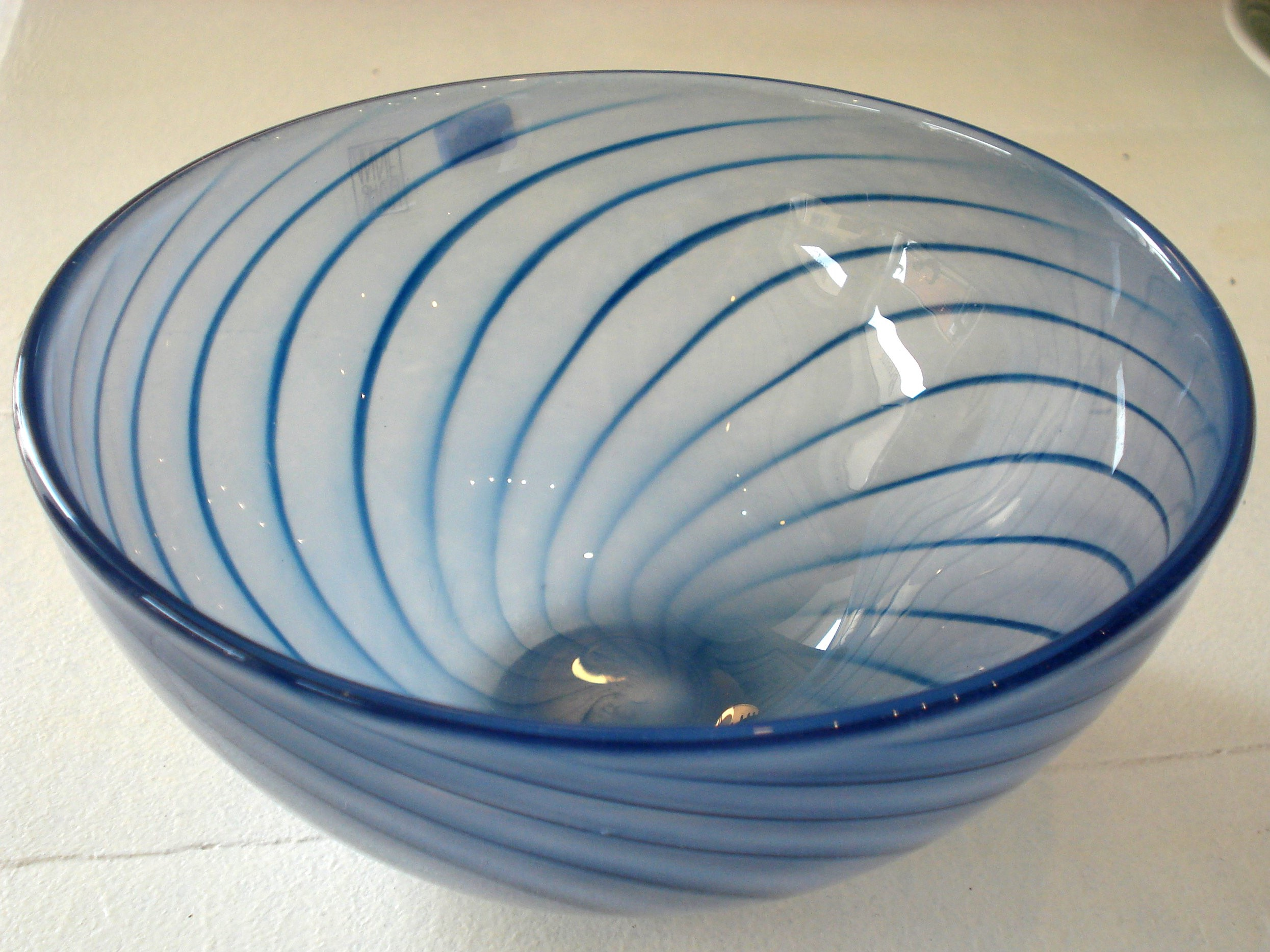 Blå glas skål fra Anne Flohr