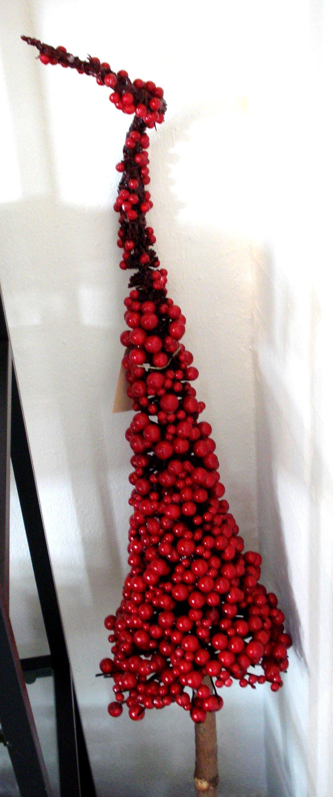 Juletræ med deko bær