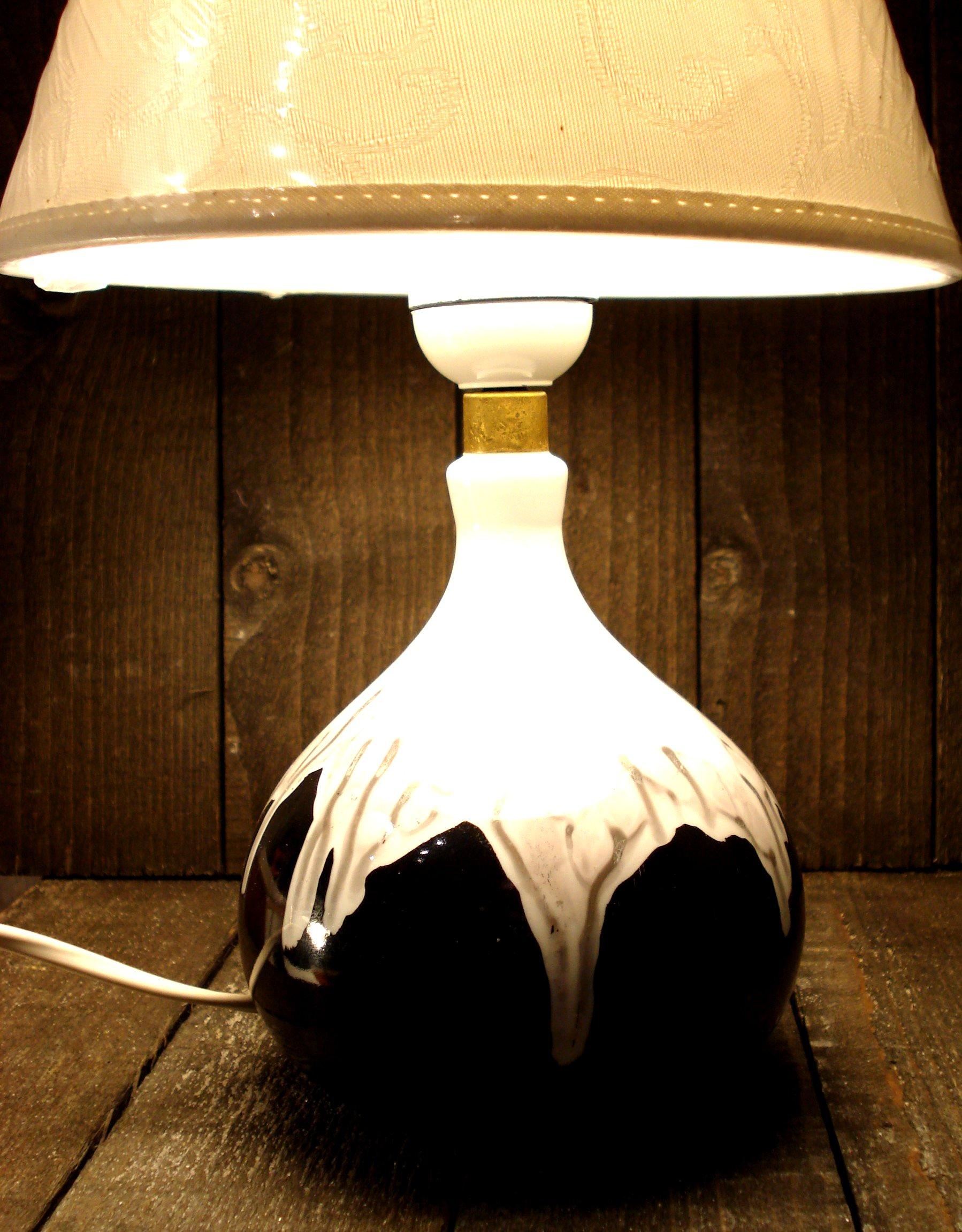 Lampe abstrakt sort