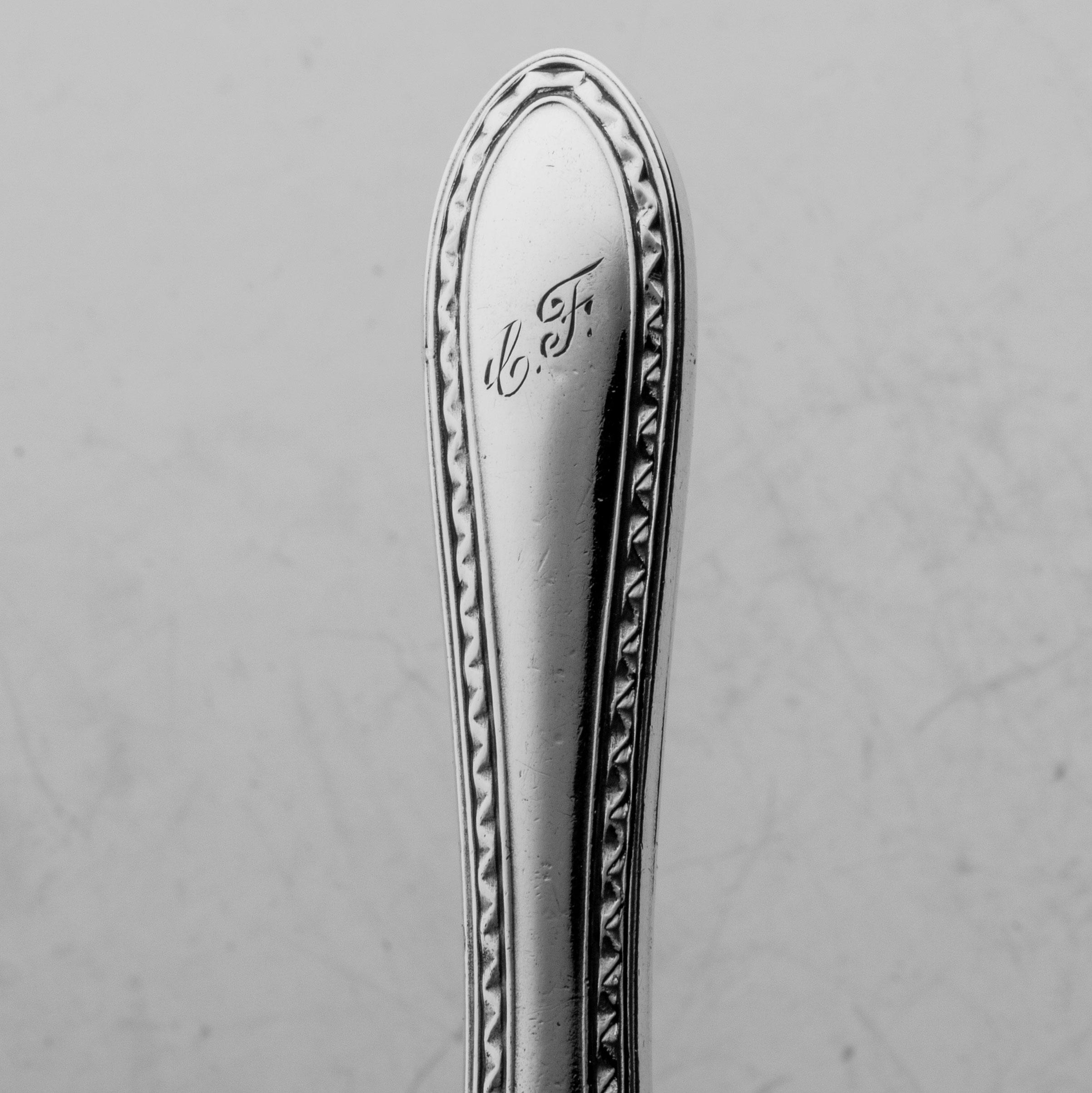 Monogramert Empir-Mønster dessertkniv