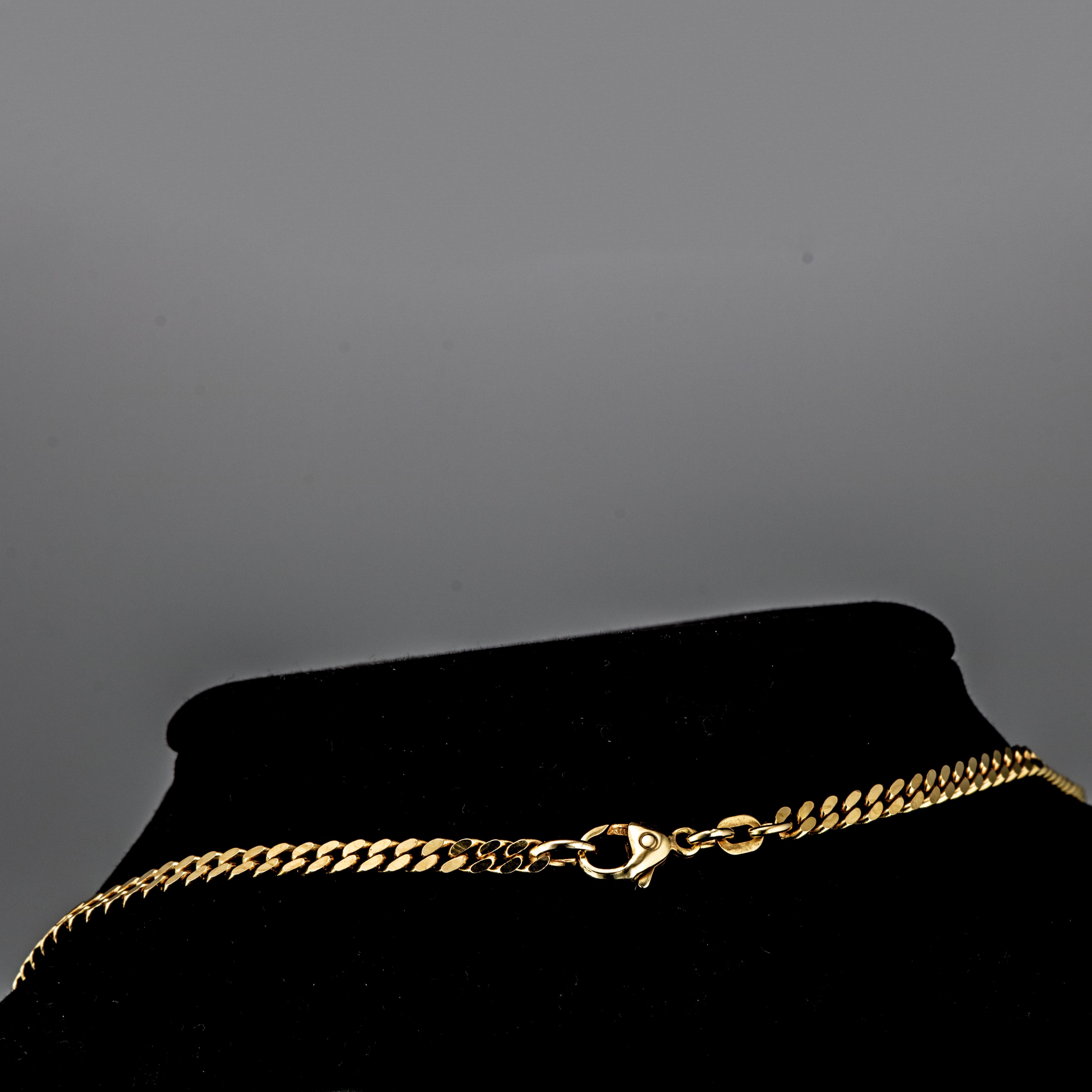 Panser halskjede, gult gull