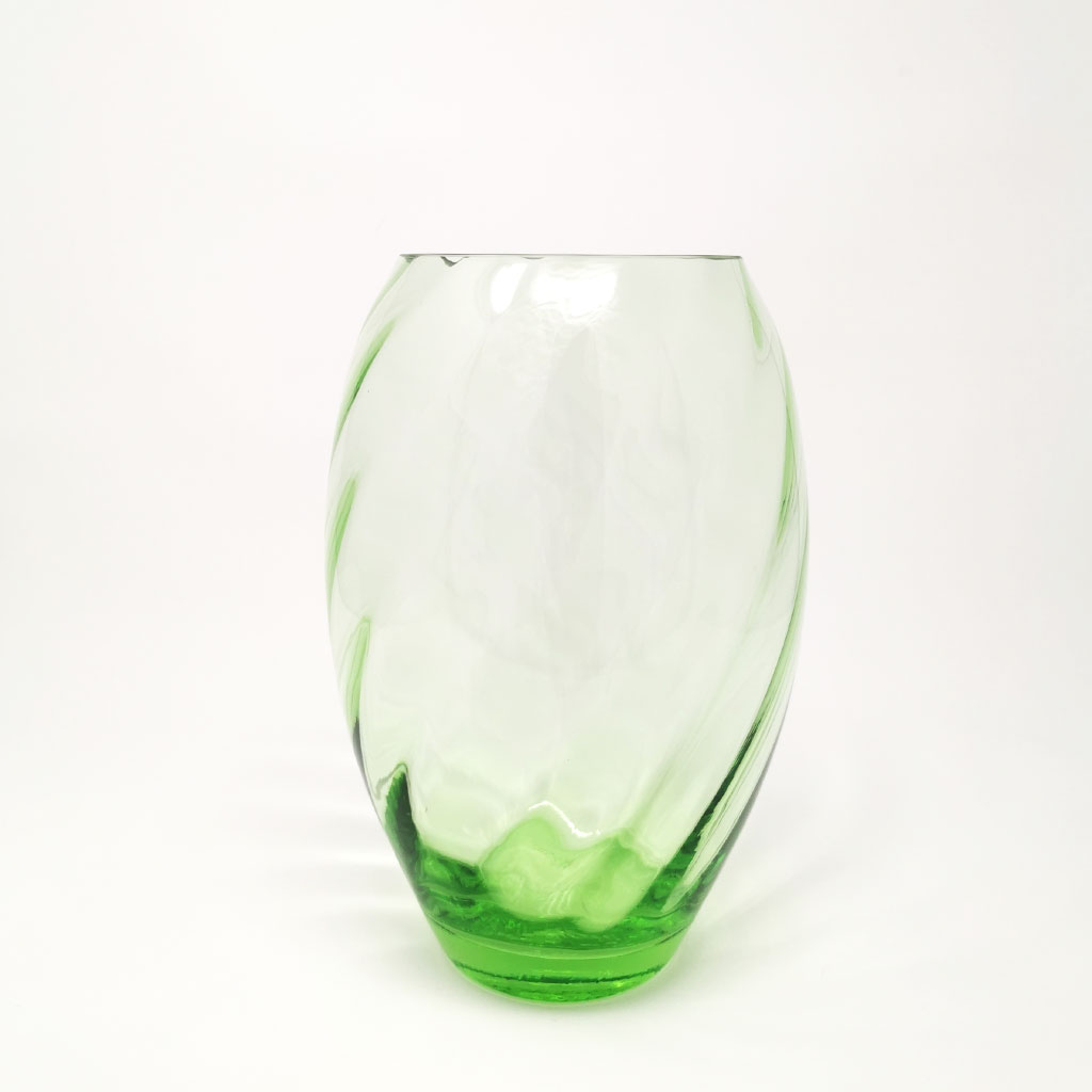 Vase, Ellipse grøn, Anna von Lipa