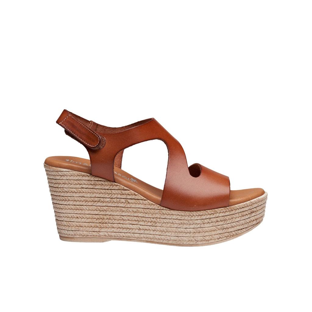 Sandal, Masha Cuero