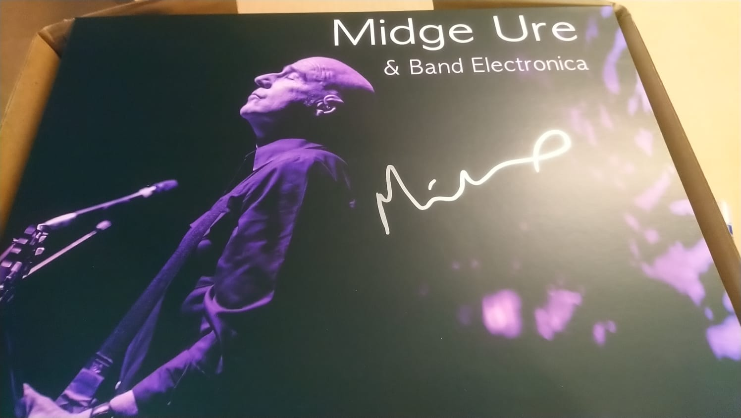 SIGNED Live at the Hammersmith Apollo 2018