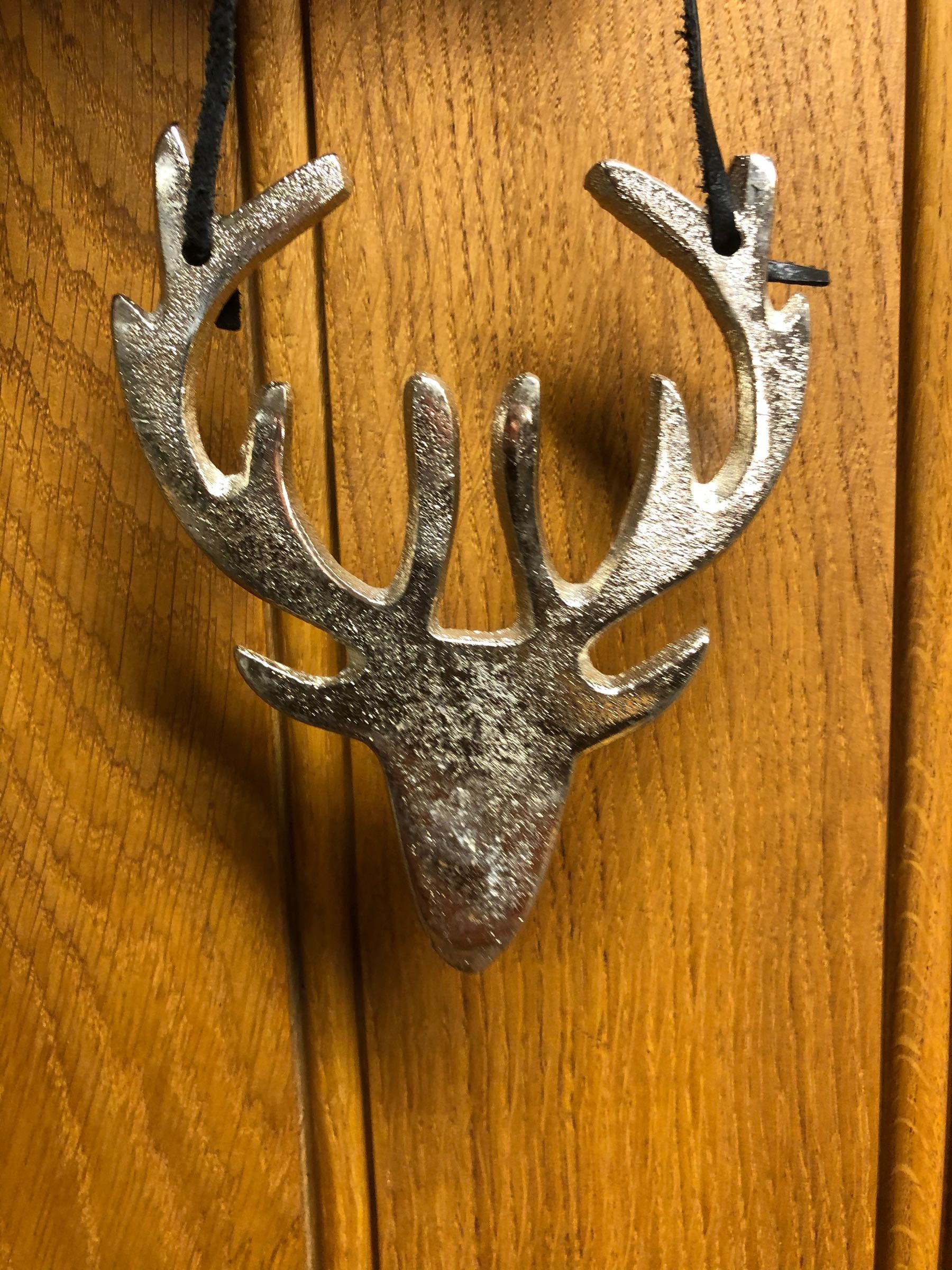 Hanging metal silver stag head