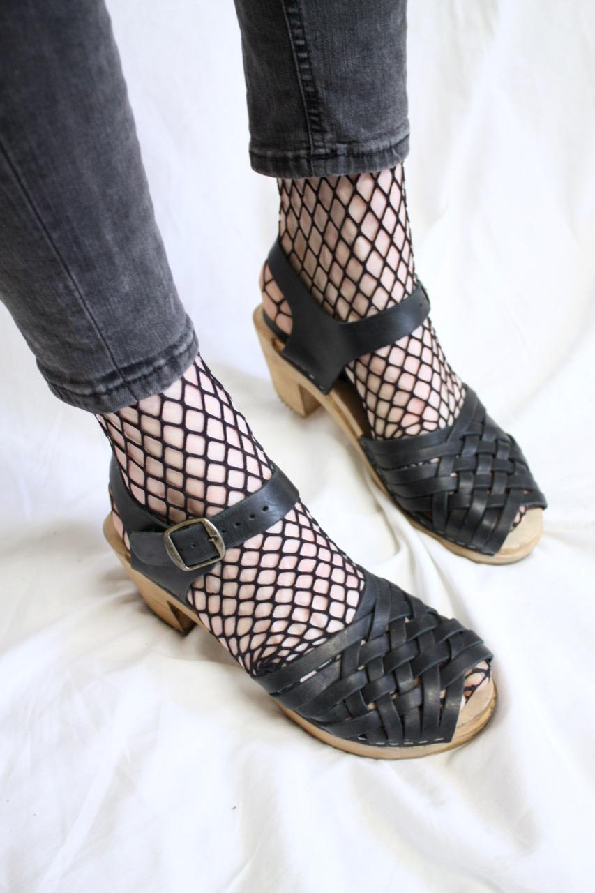 Clogs träsko/sandal Moheda svart flätad, stl 37