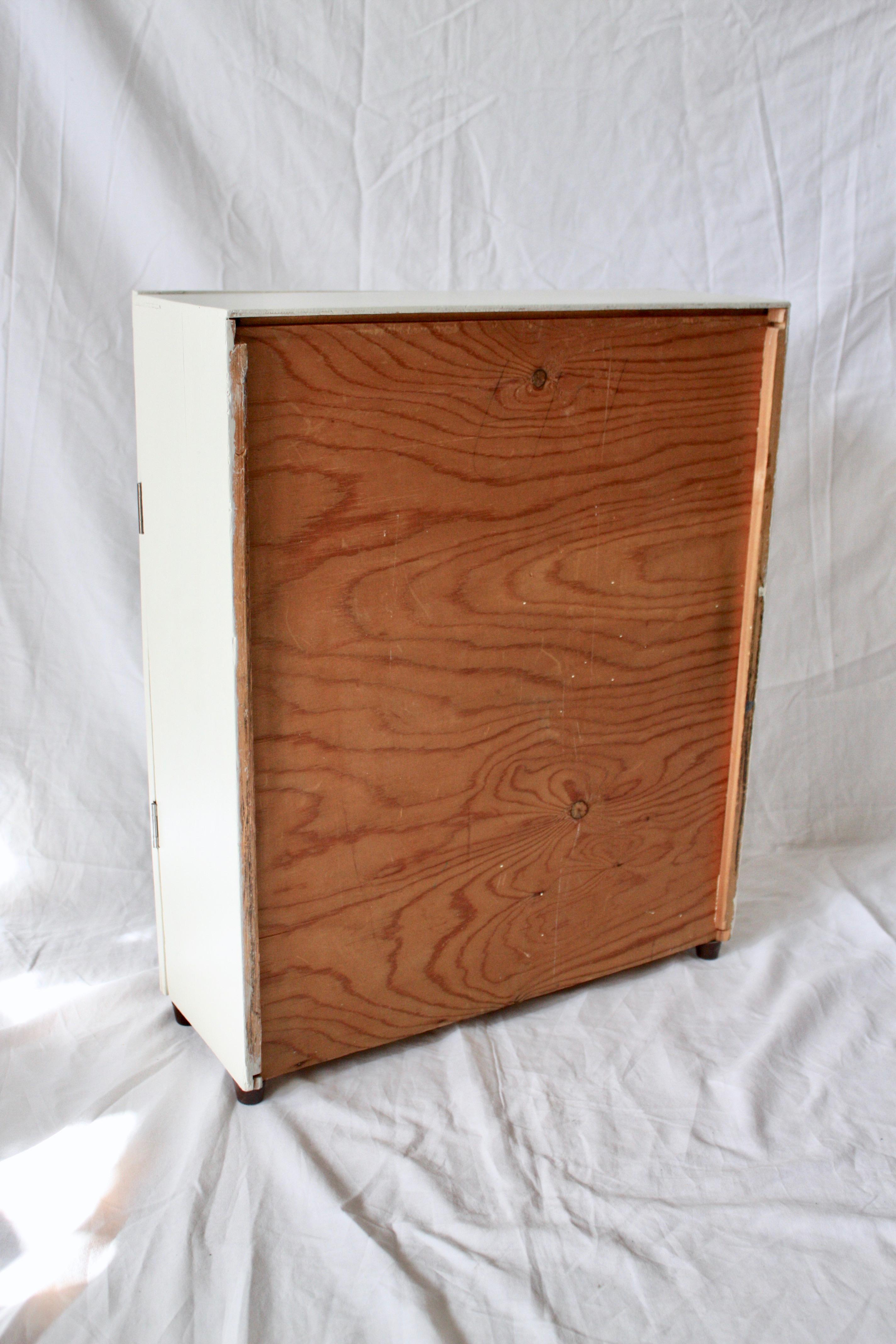 Vintage Medicinskåp i trä