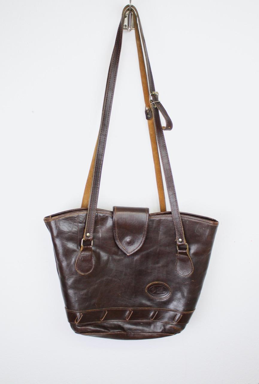 Vintage väska i läder mörkbrun
