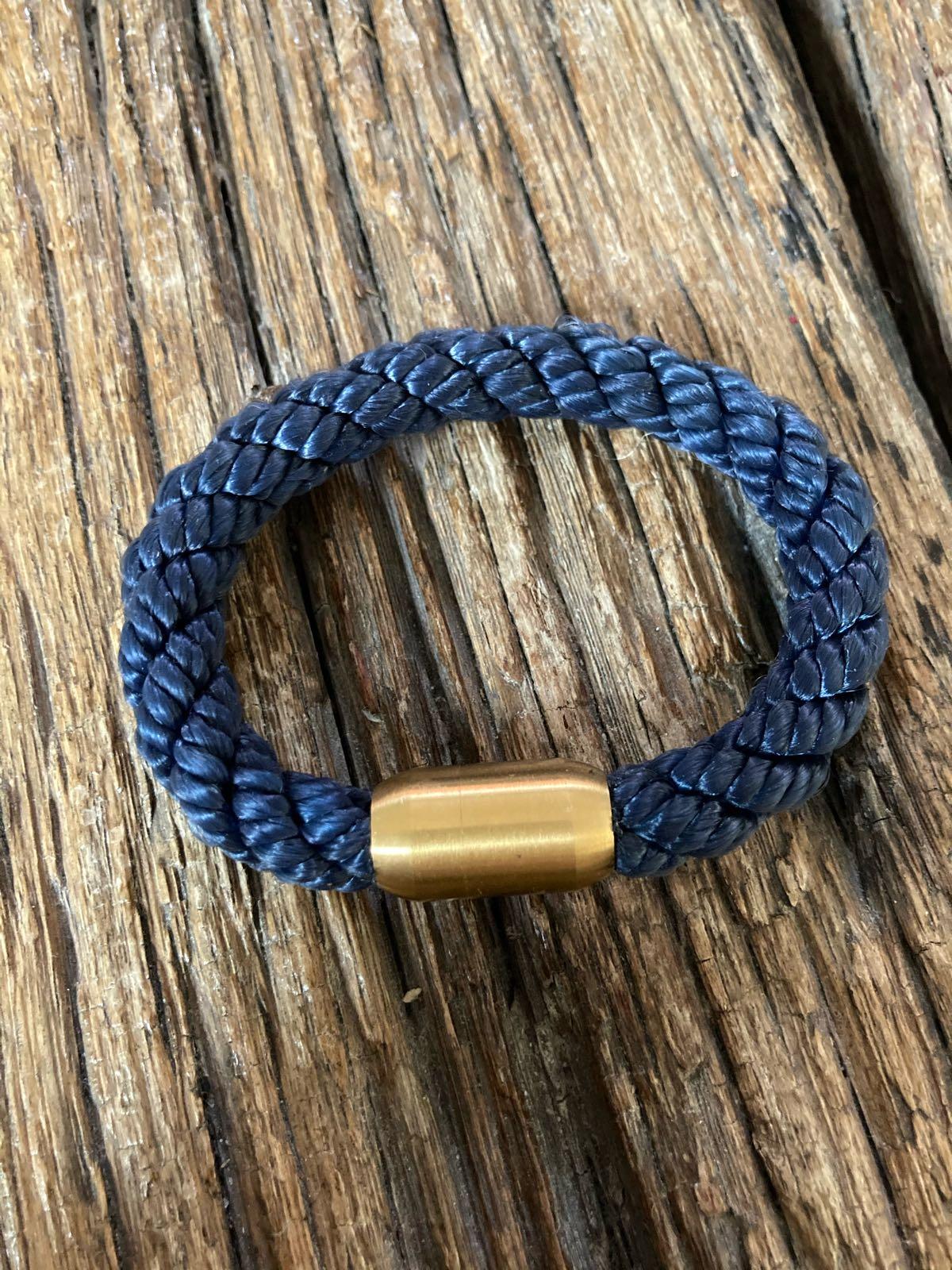 Fischereidesign - Armband royalblau matt, 10 mm, Edelstahlverschluss Gold
